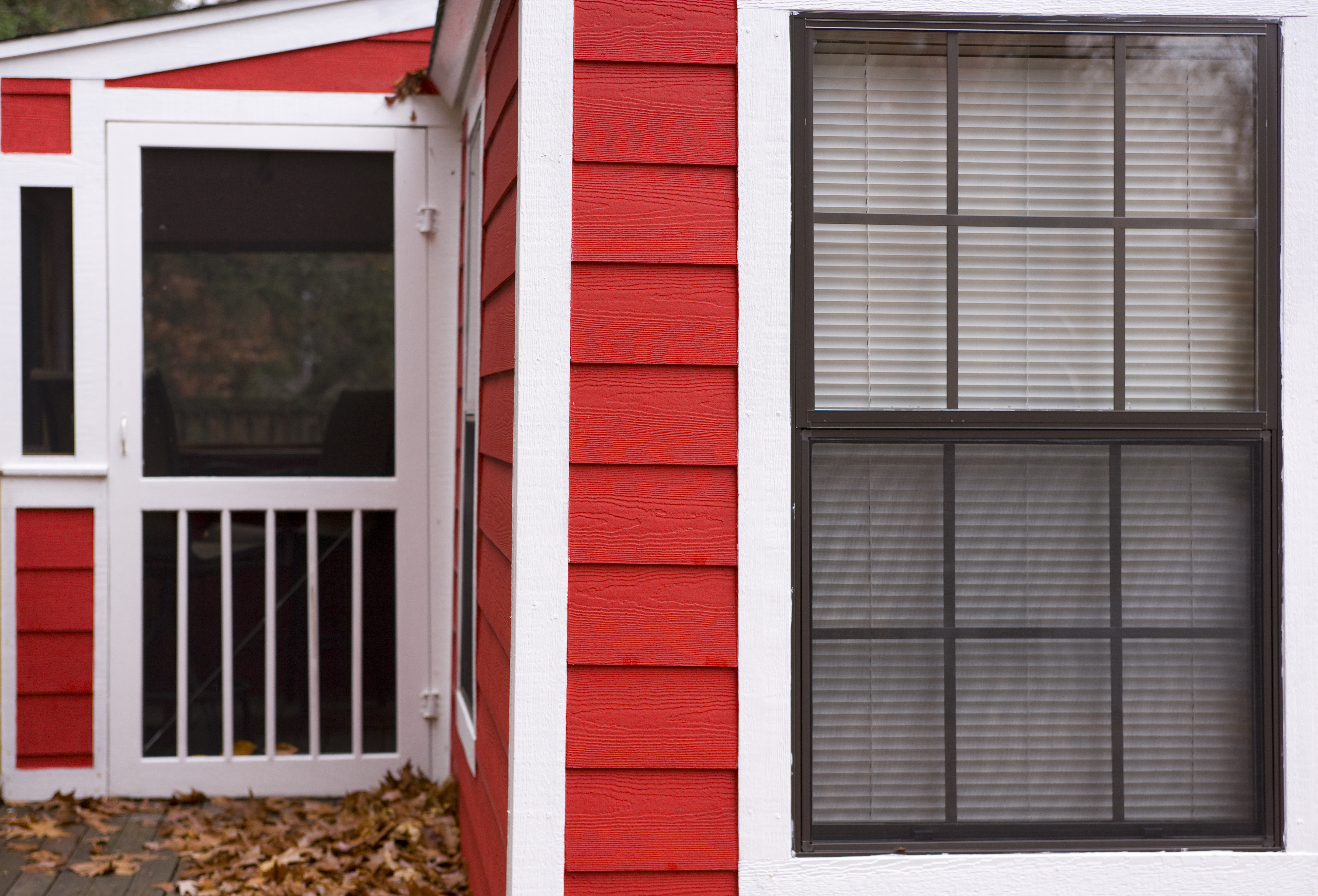 How to Fix a Storm Door That Won't Close | Hunker