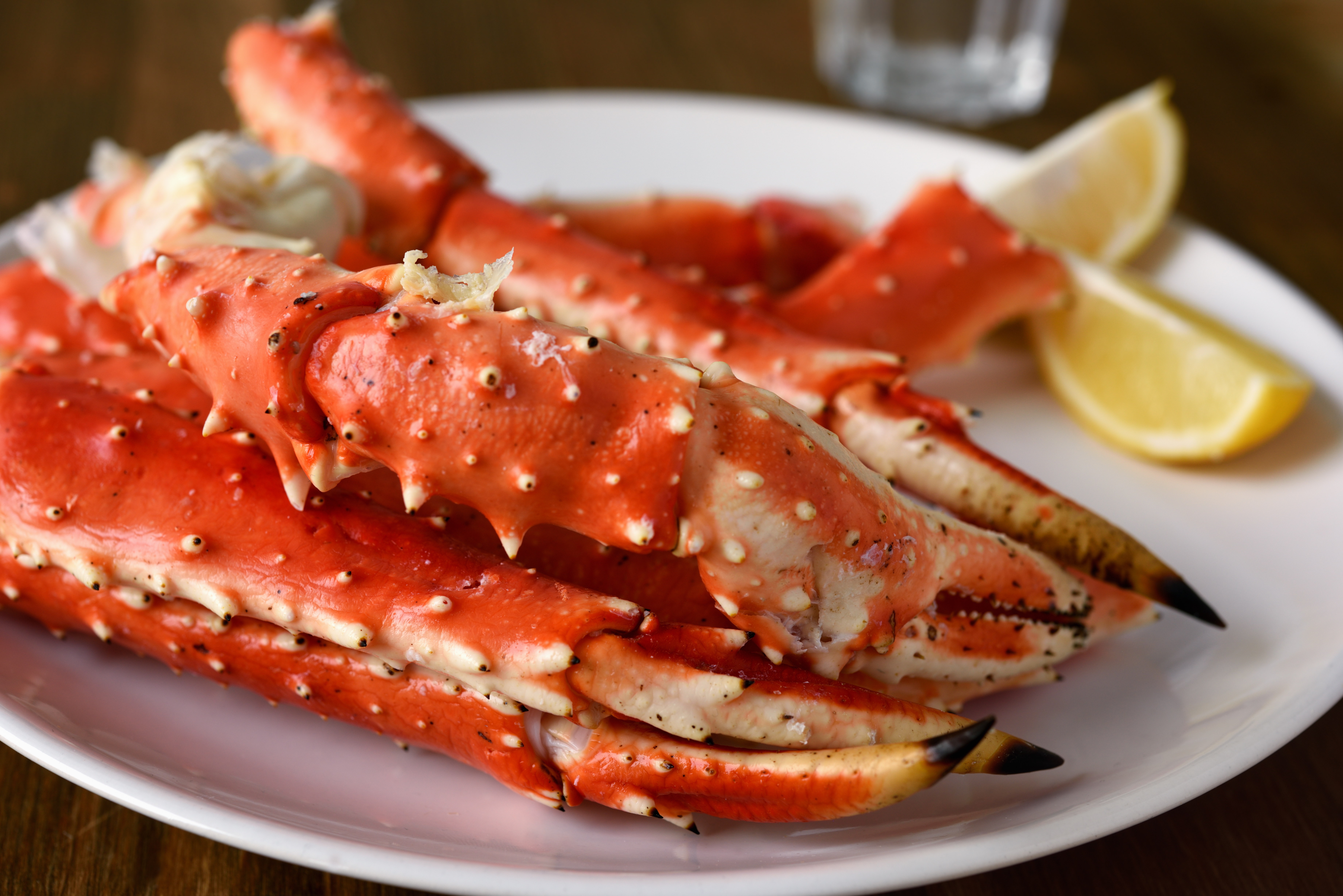 How Long to Steam Frozen Crab Legs | Mom Life