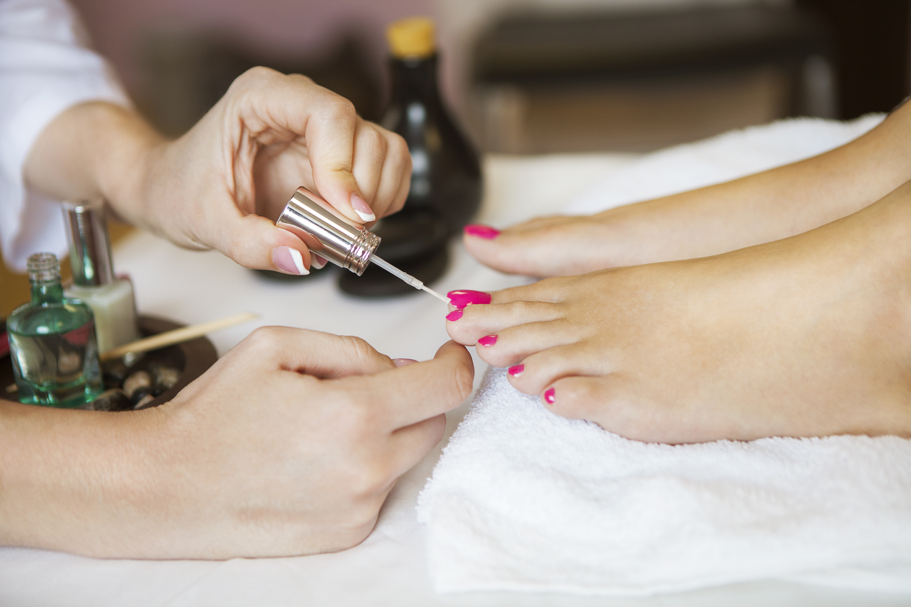 How Much To Tip Hairdresser At Christmas.How Much Do I Tip For A Pedicure Leaftv