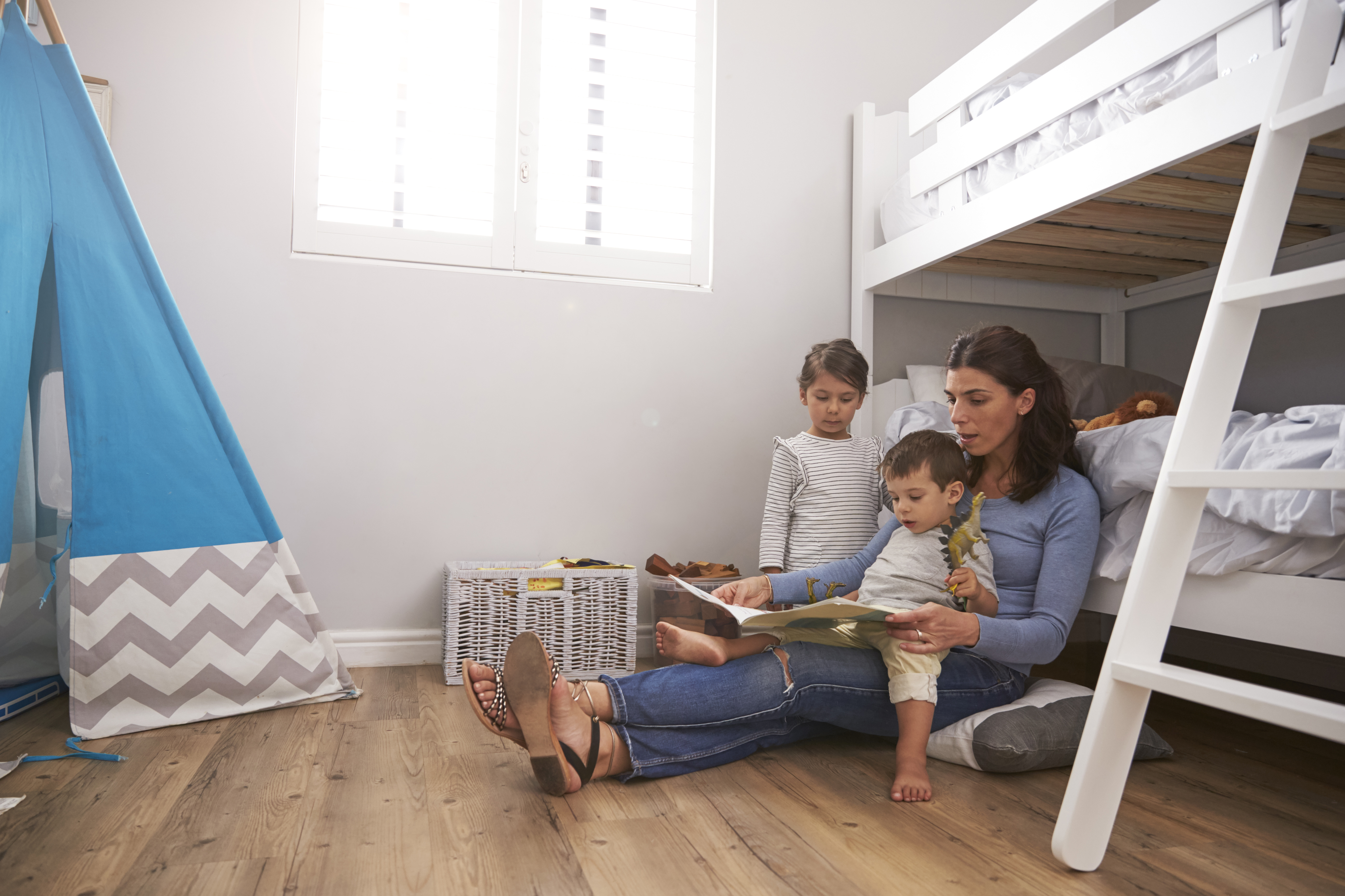 laws on children sharing bedrooms One