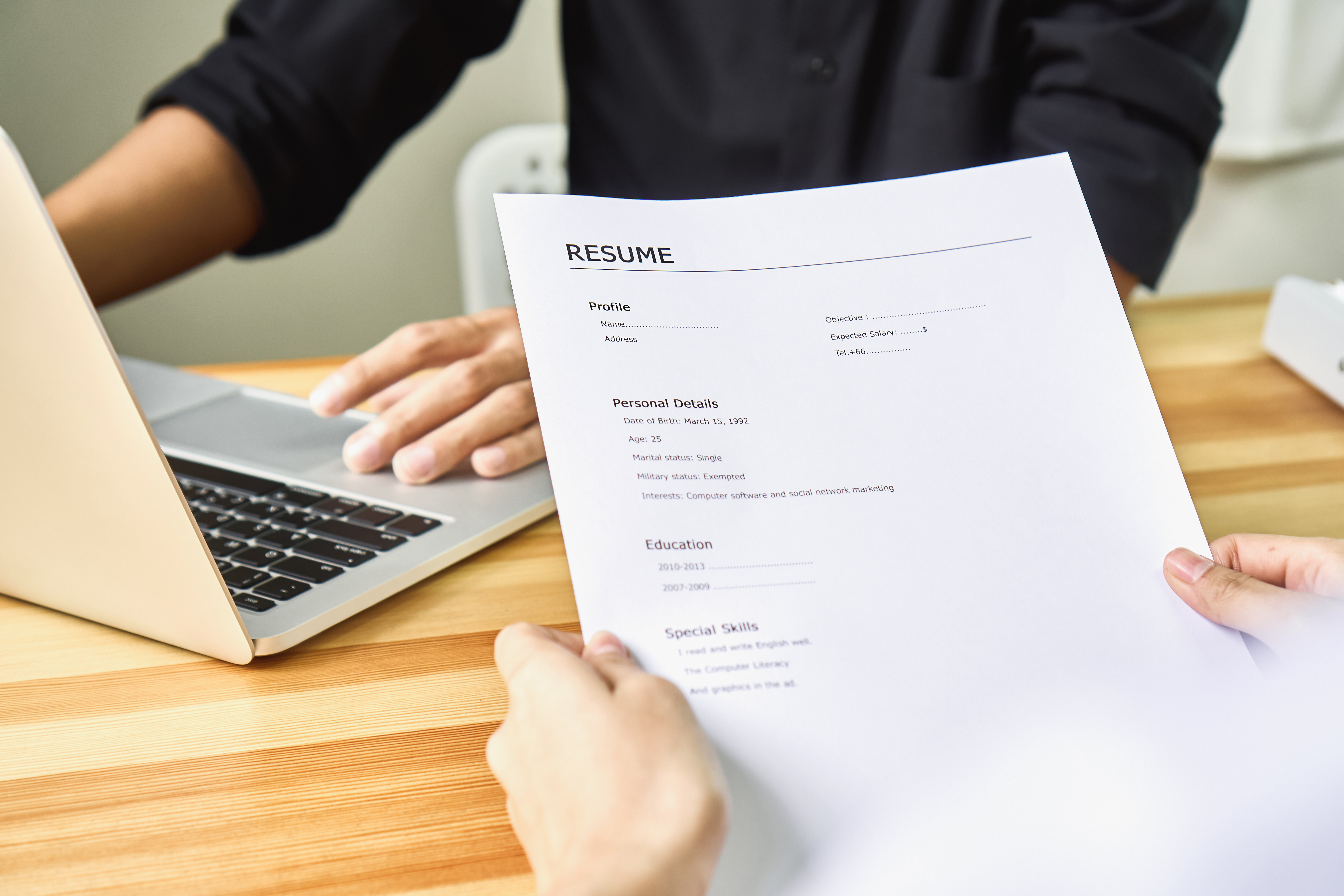 How to Properly List a Business Management Degree on a