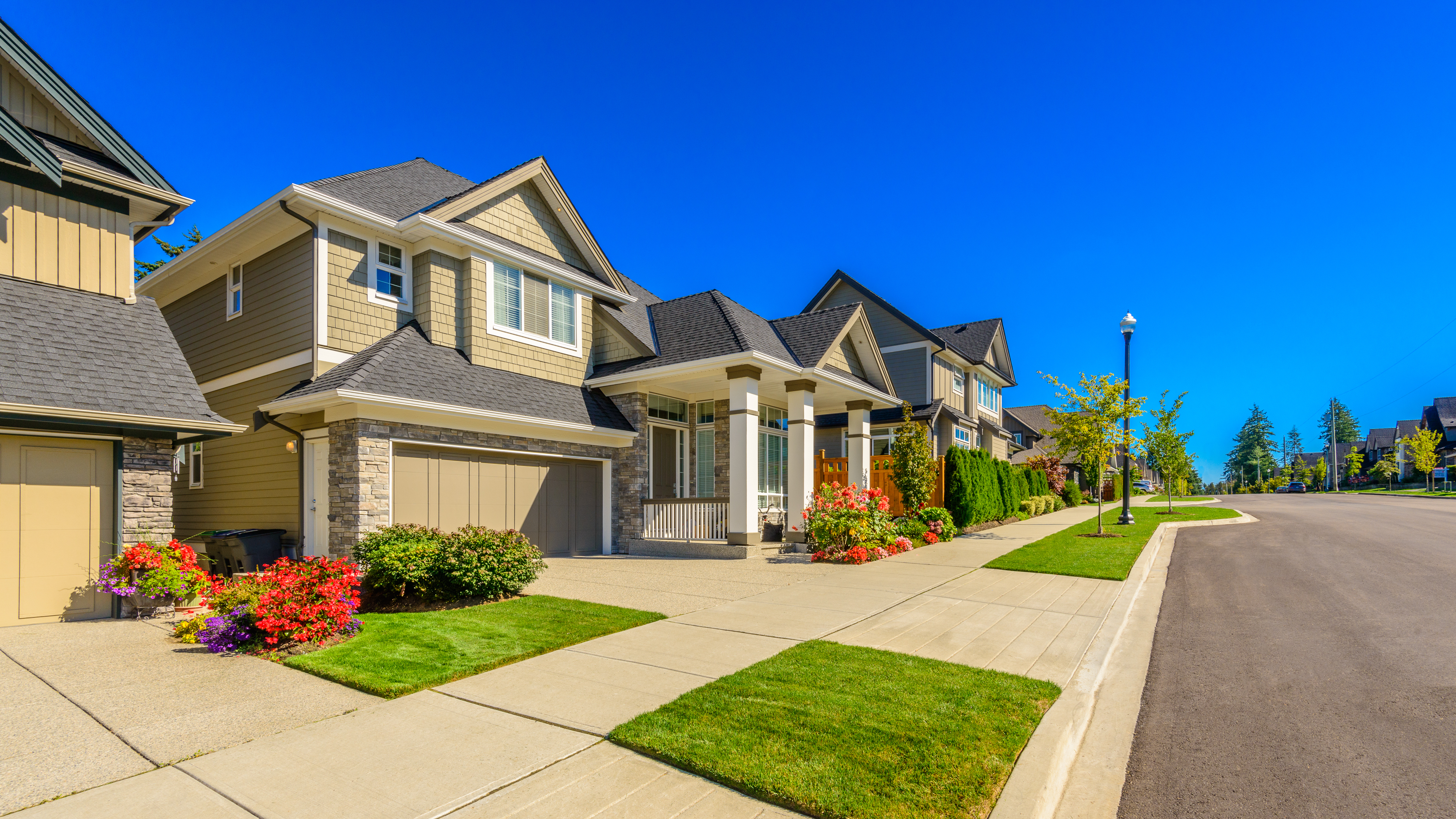 [Article Image] - 10 Easy Ways To Raise Your Neighborhood's Value