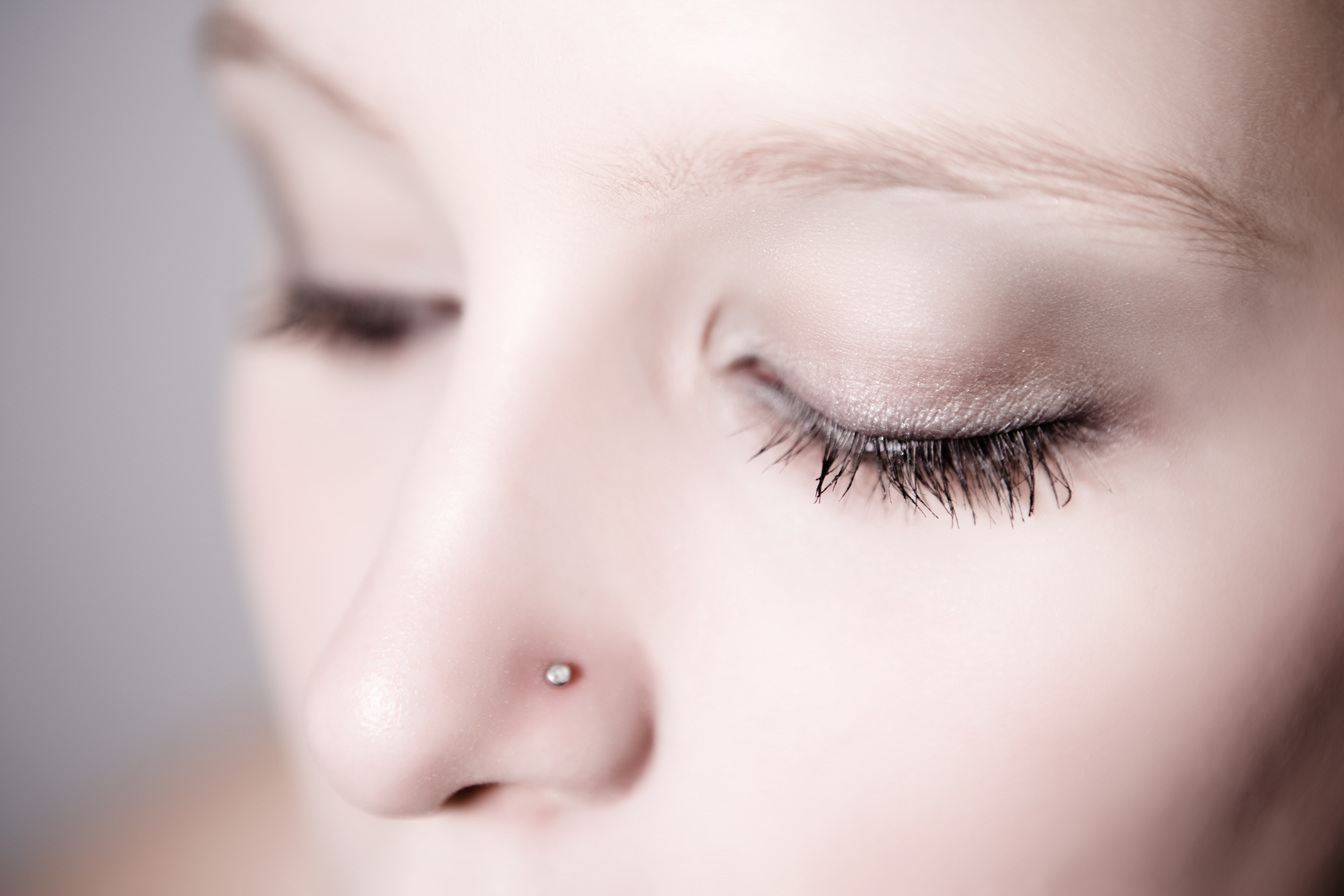 The Pros Cons Of Nose Studs Leaftv