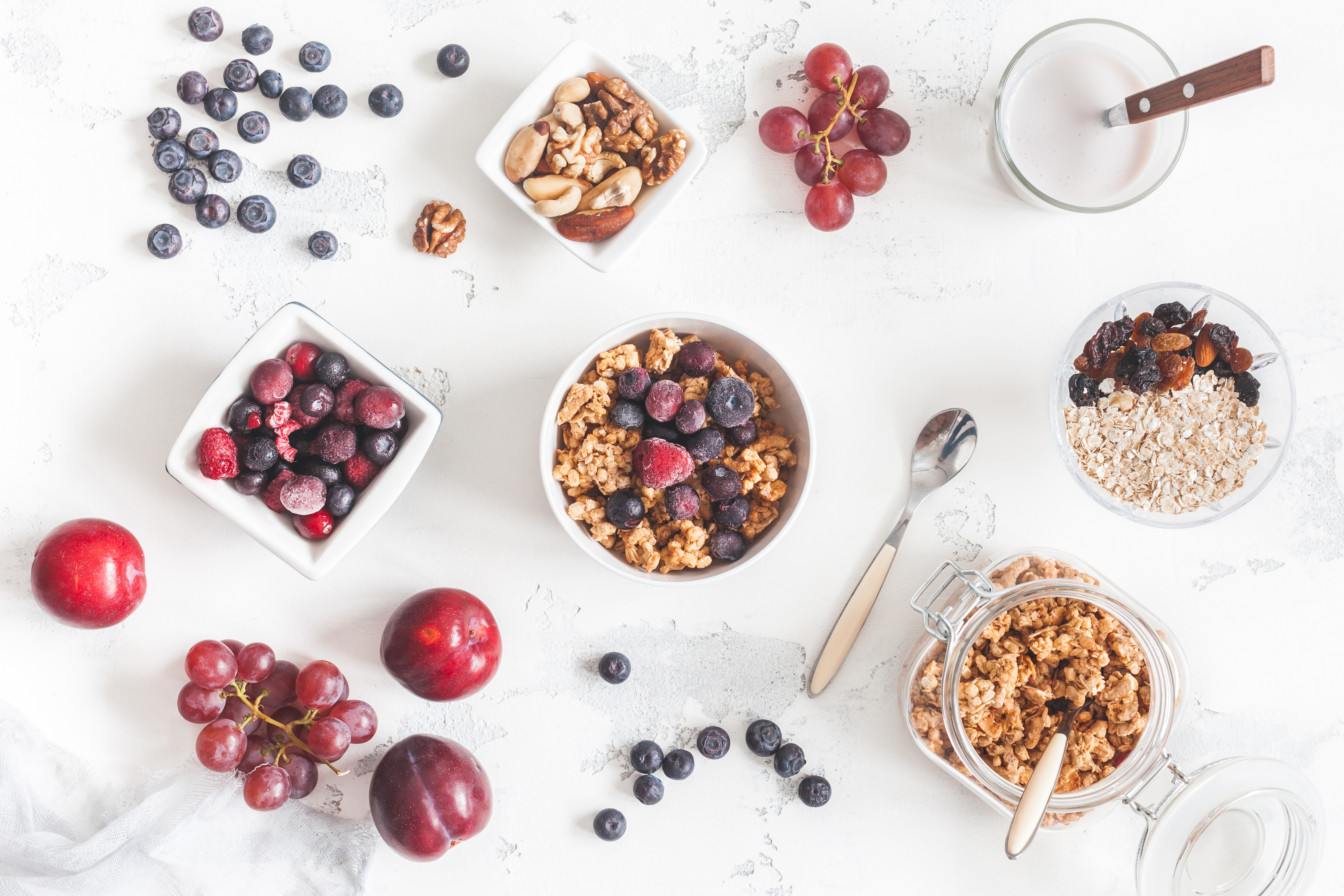 The Health Benefits of Grapes & Blueberries | Healthy Eating