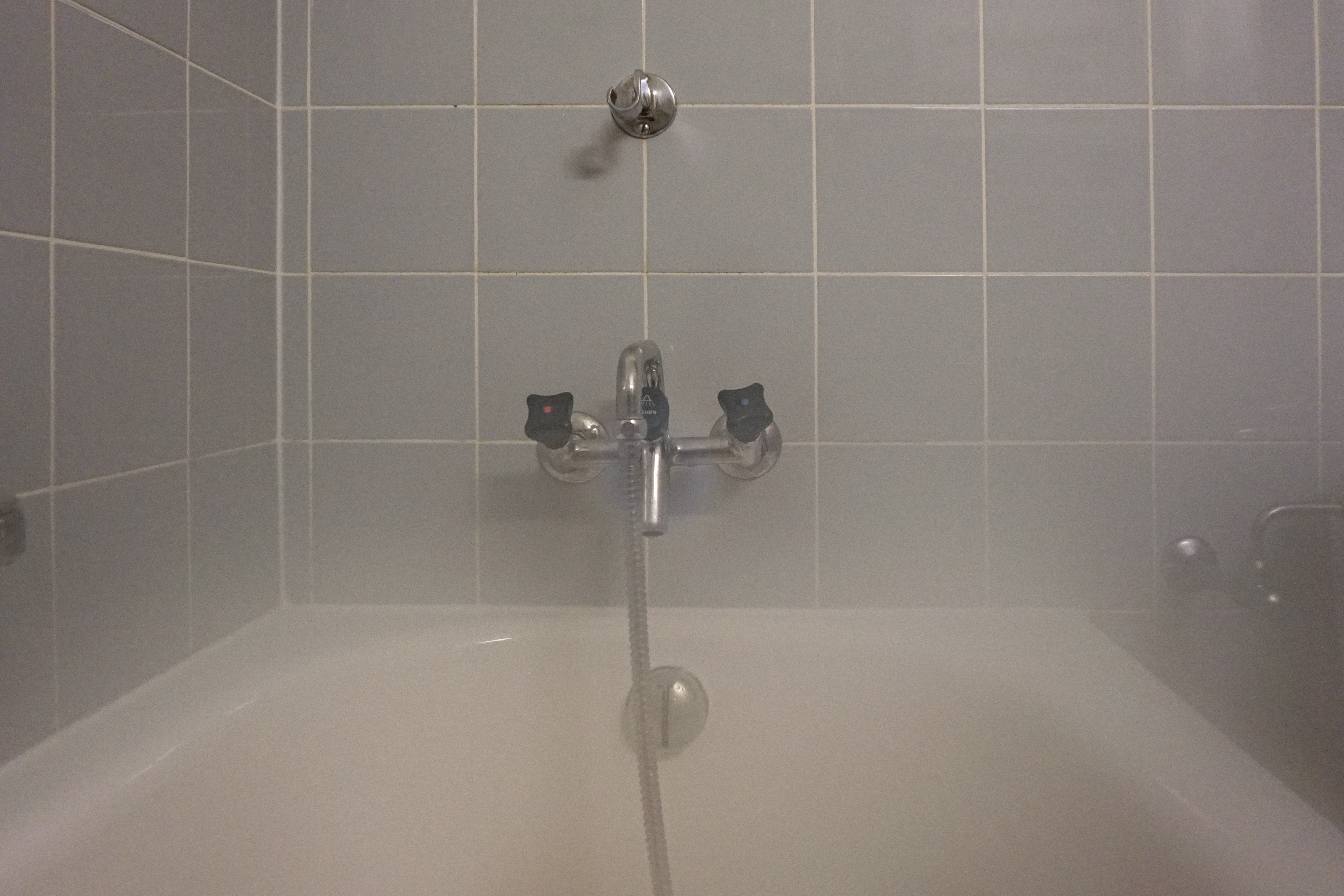 Shower Faucet Won T Turn Off.How To Fix A Bathtub Faucet That Won T Turn Home Guides