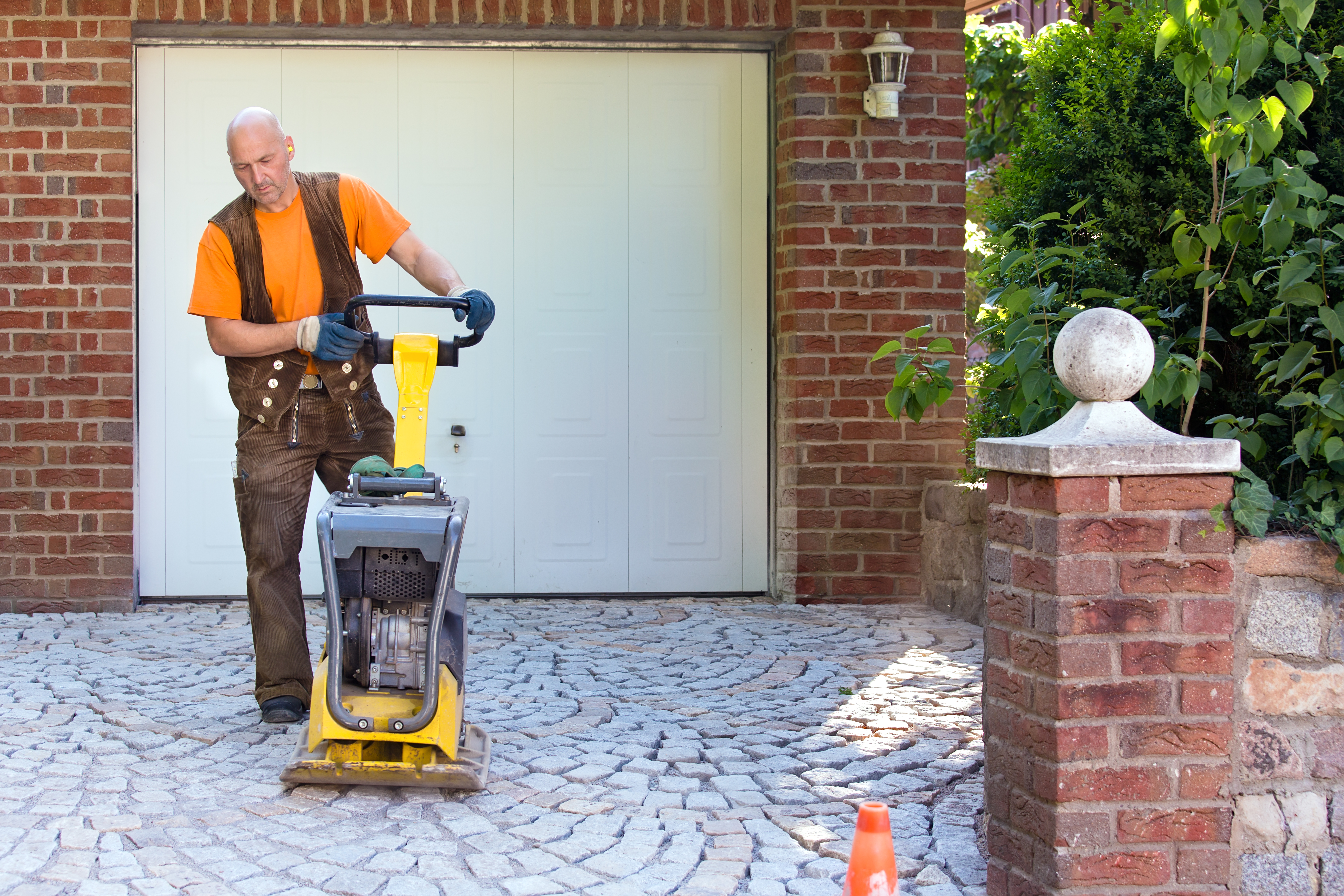 Cementing Pavers in Place | Home Guides | SF Gate