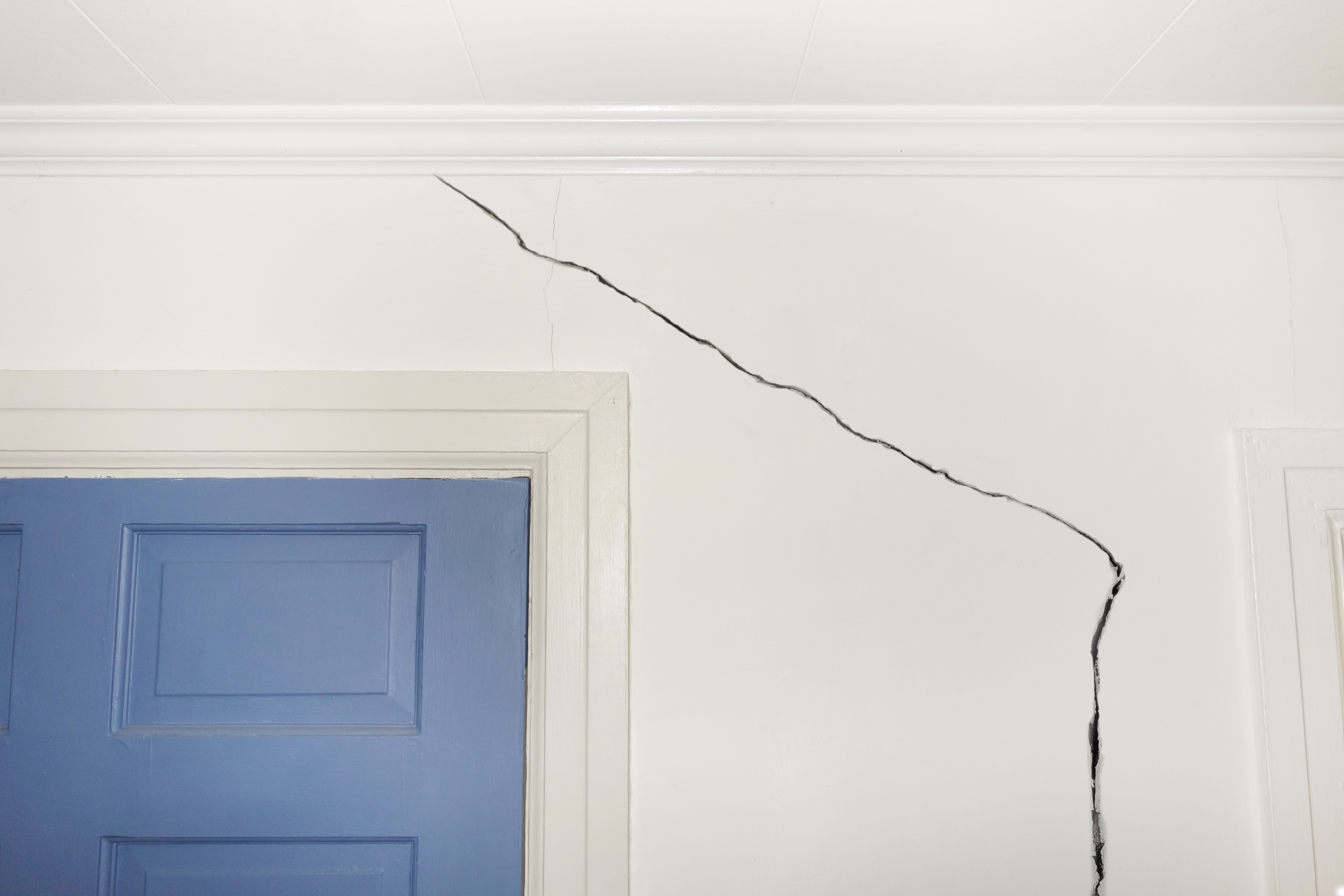 How to Fix Torn Drywall Facing   Home Guides   SF Gate