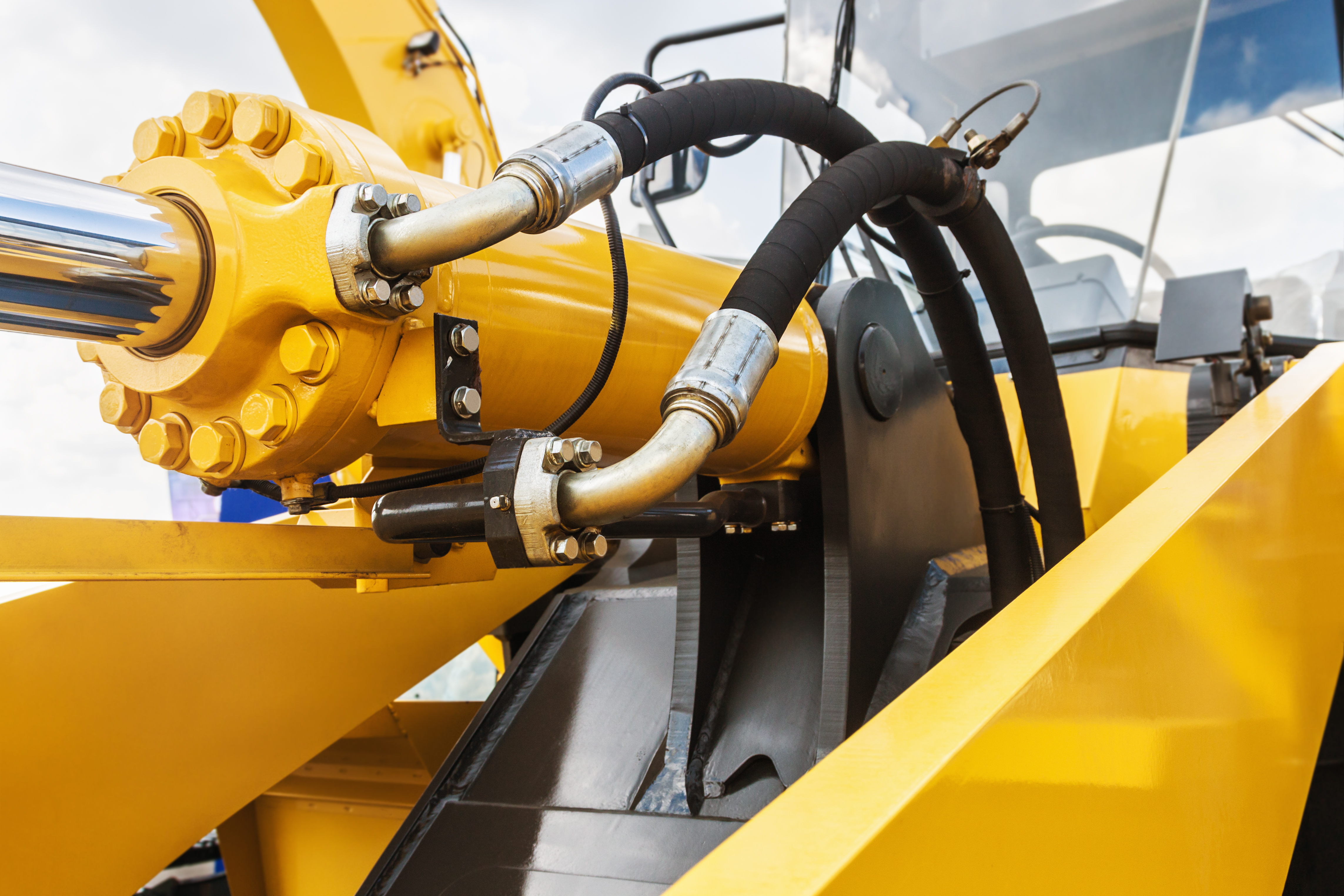 How to Rebuild a Kubota Hydraulic Cylinder | Career Trend