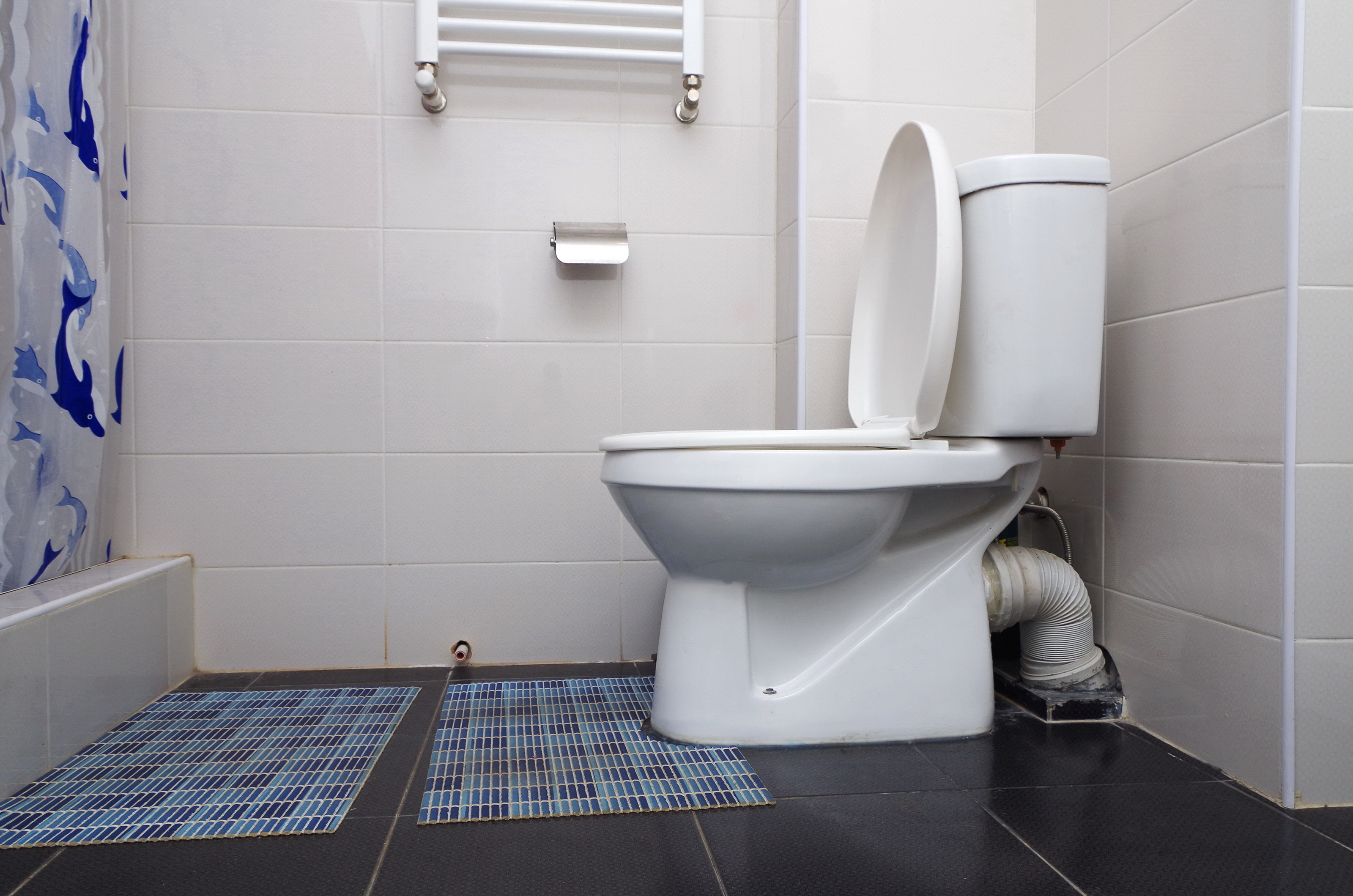What Is The Minimum Amount Of Space Needed For A Toilet