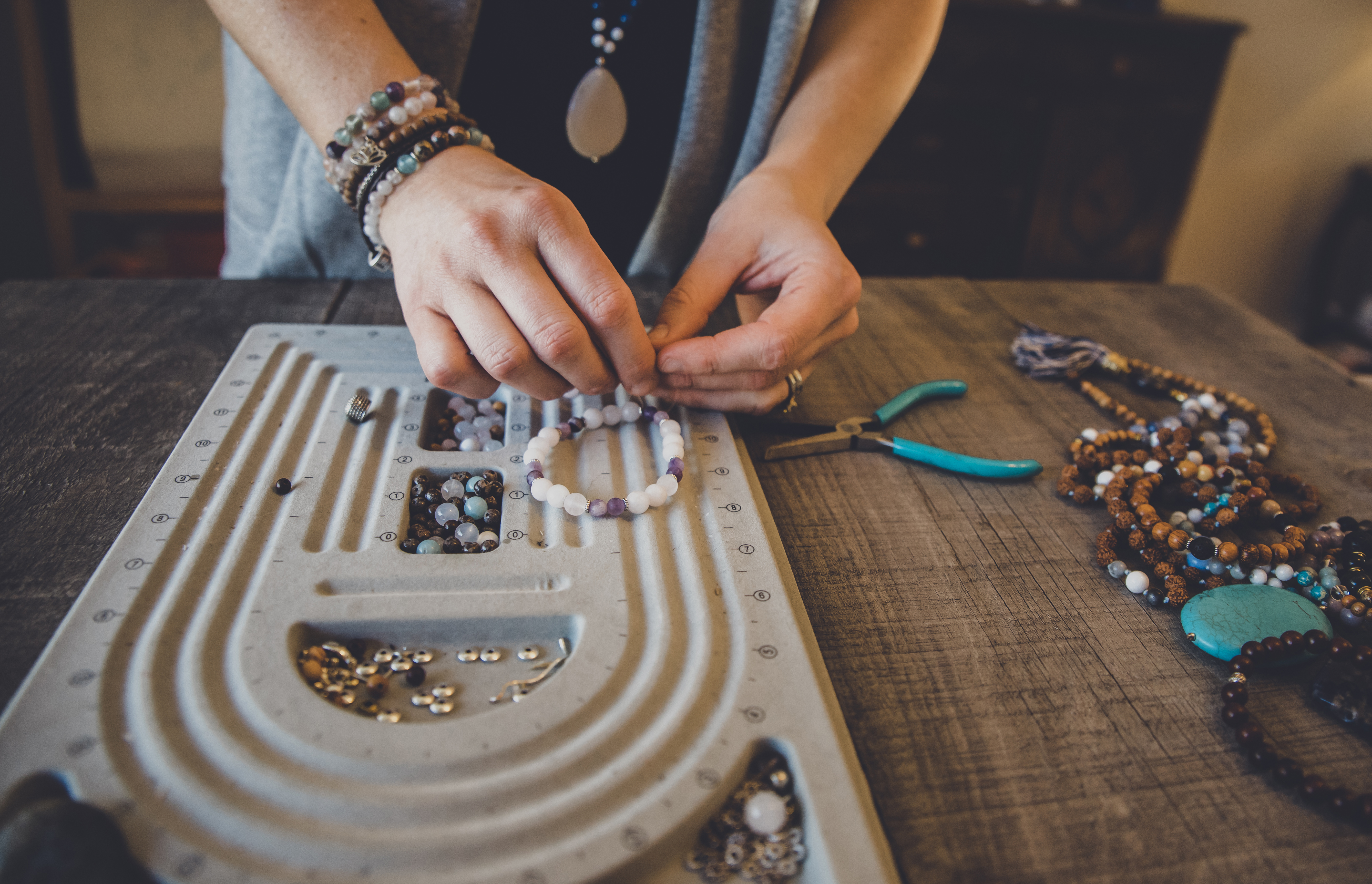 How to Make a Cast Mold for Gold Jewelry | Career Trend