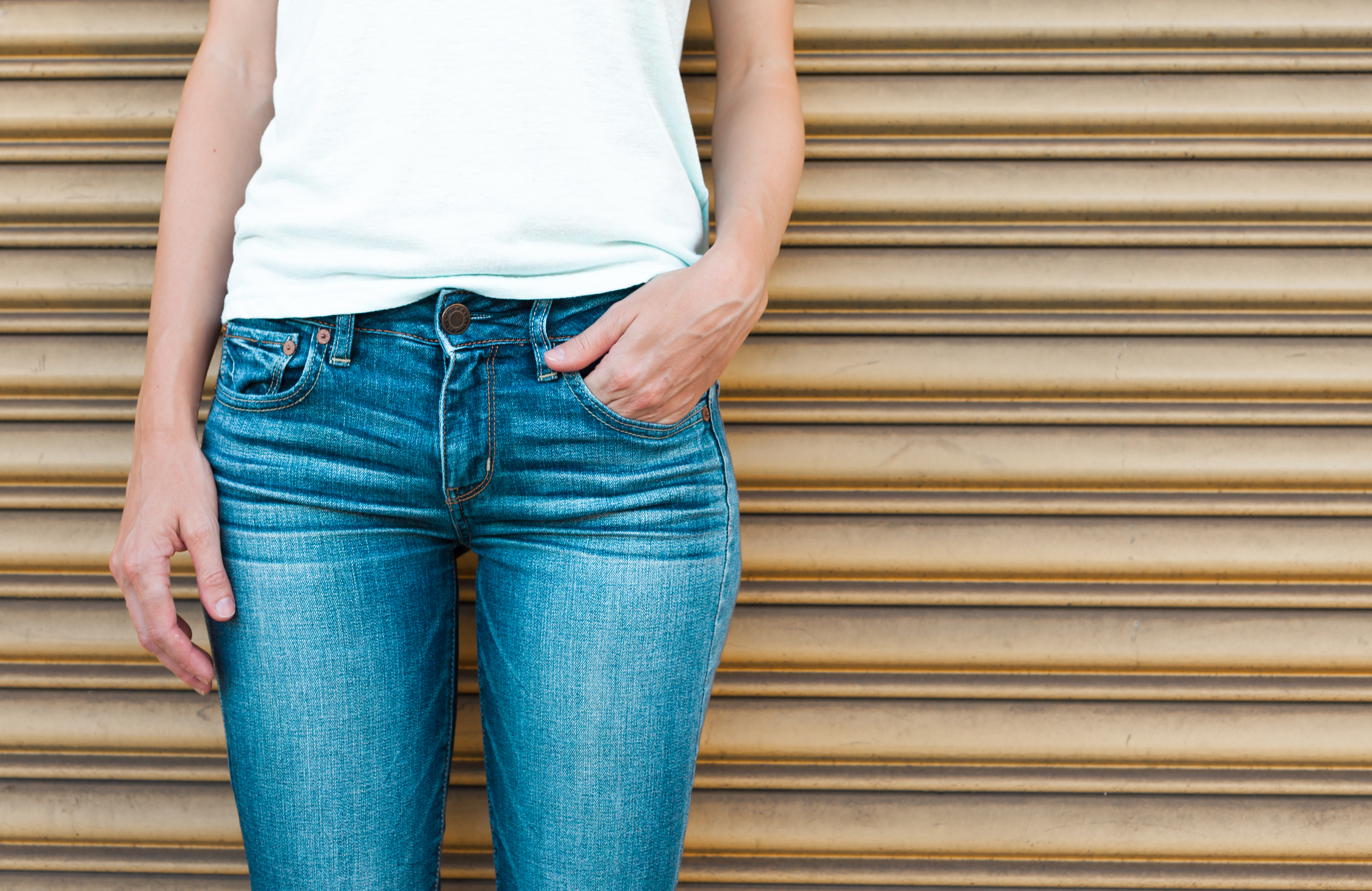 How to Write a Letter About Wearing Jeans to Work | Career Trend