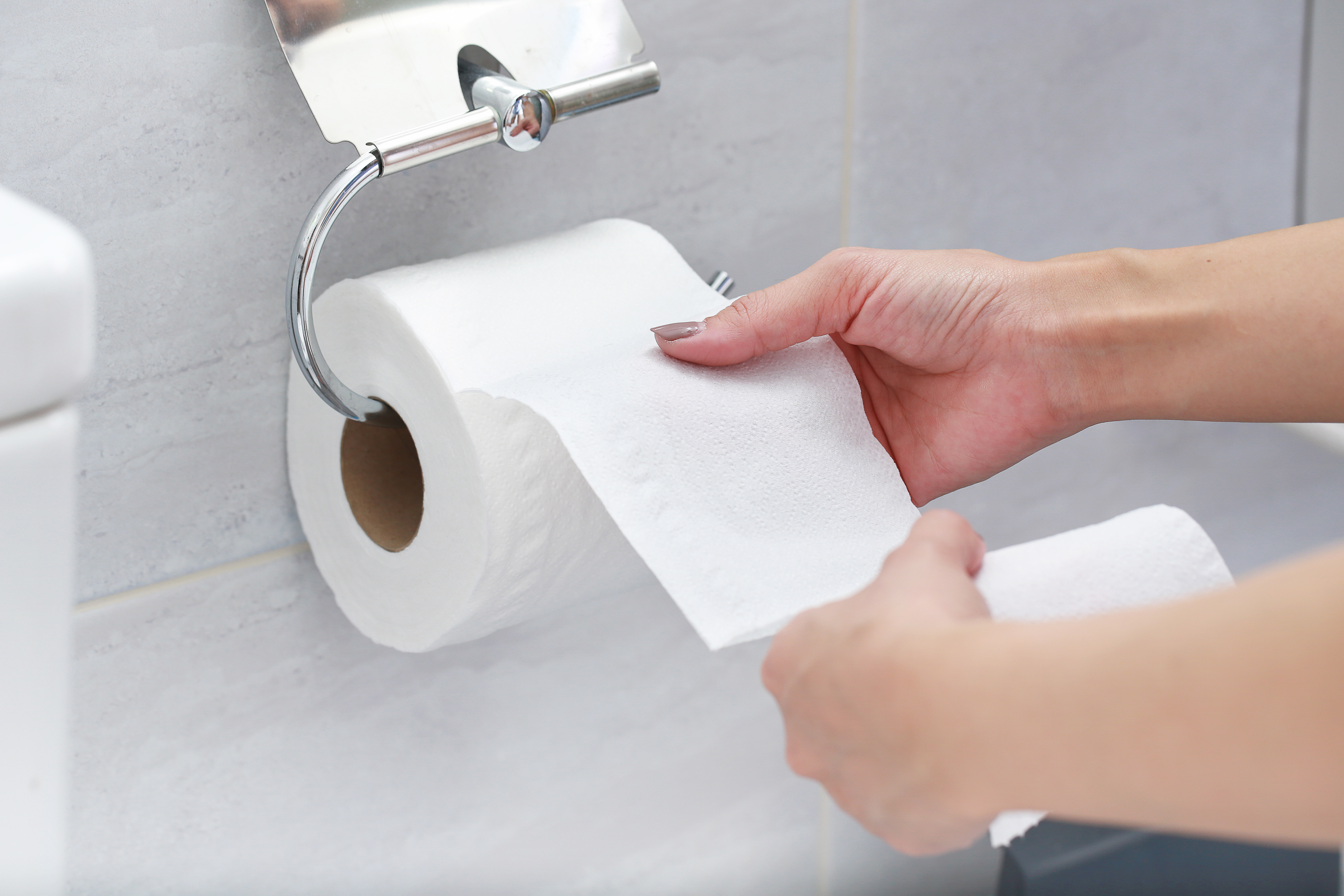 Where To Install A Toilet Paper Holder Hunker