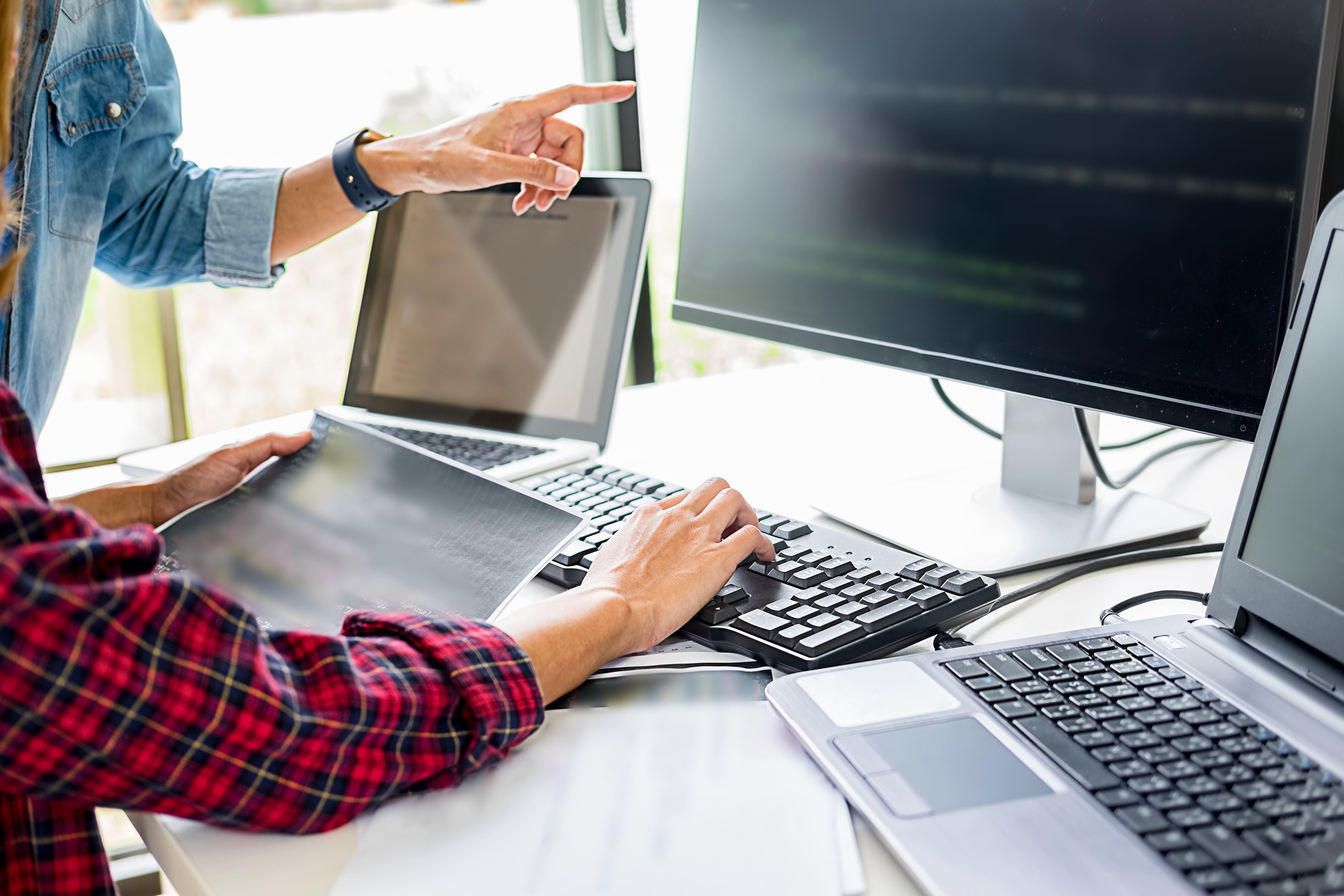 How to Connect Two Monitors to a Laptop | Small Business - Chron.com