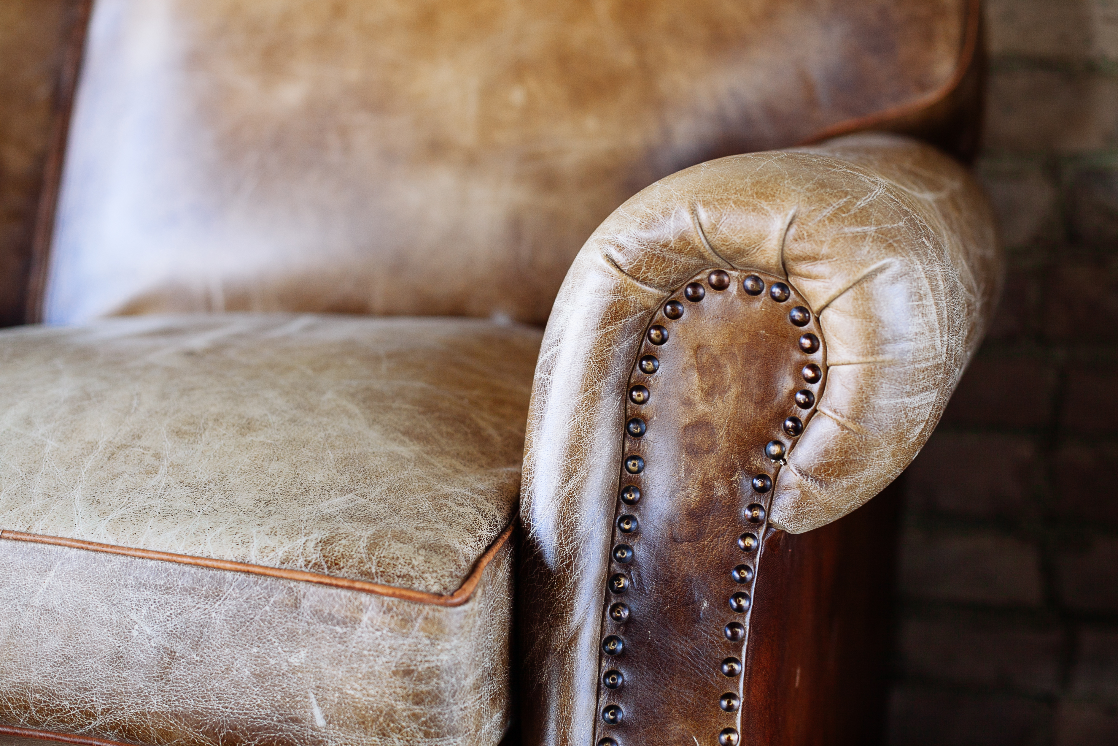 How To Paint A Leather Chair Home Guides Sf Gate