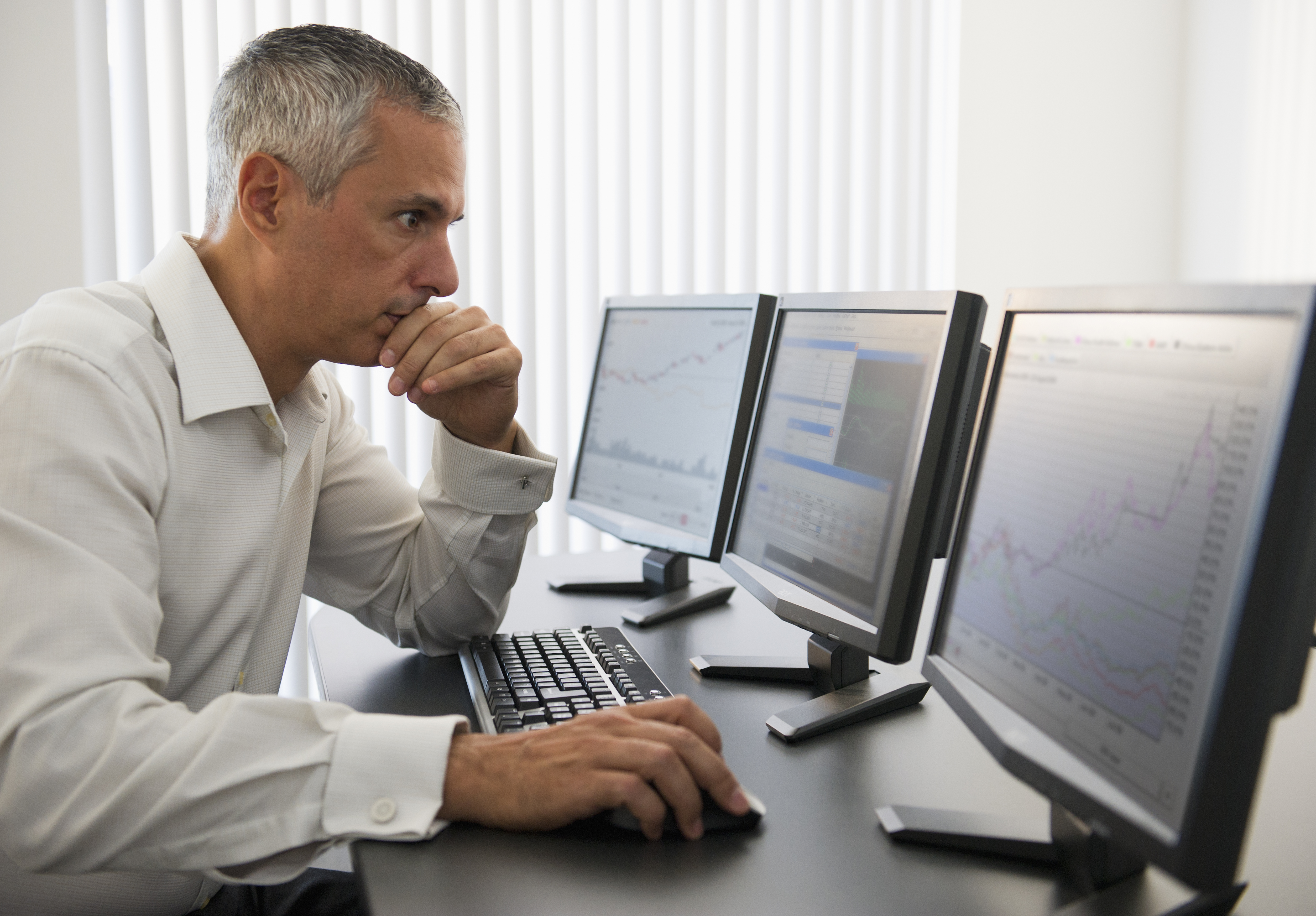Average Income of a Day Trader | Chron com