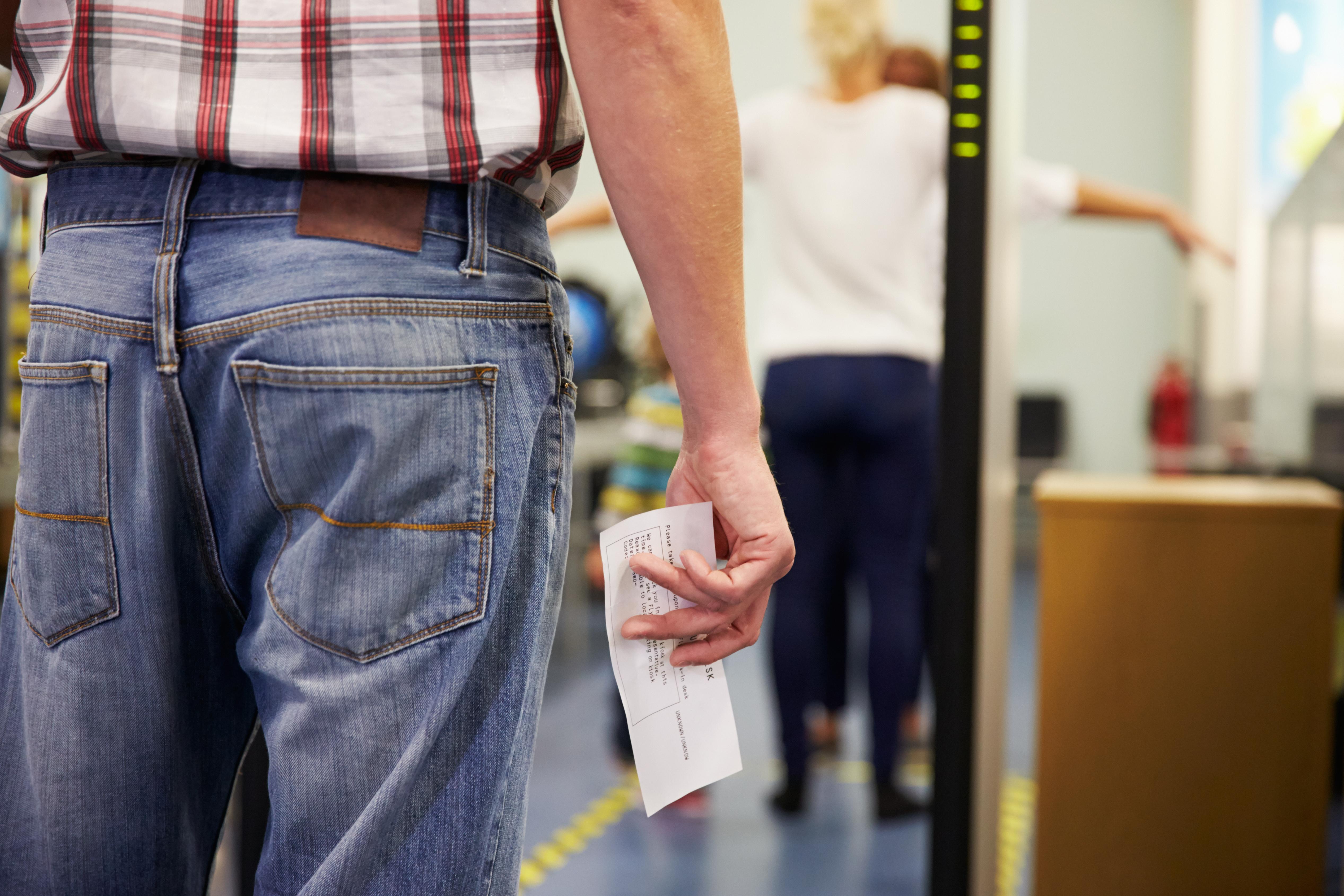 What's the TSA Pat Down Procedure? | 10Best