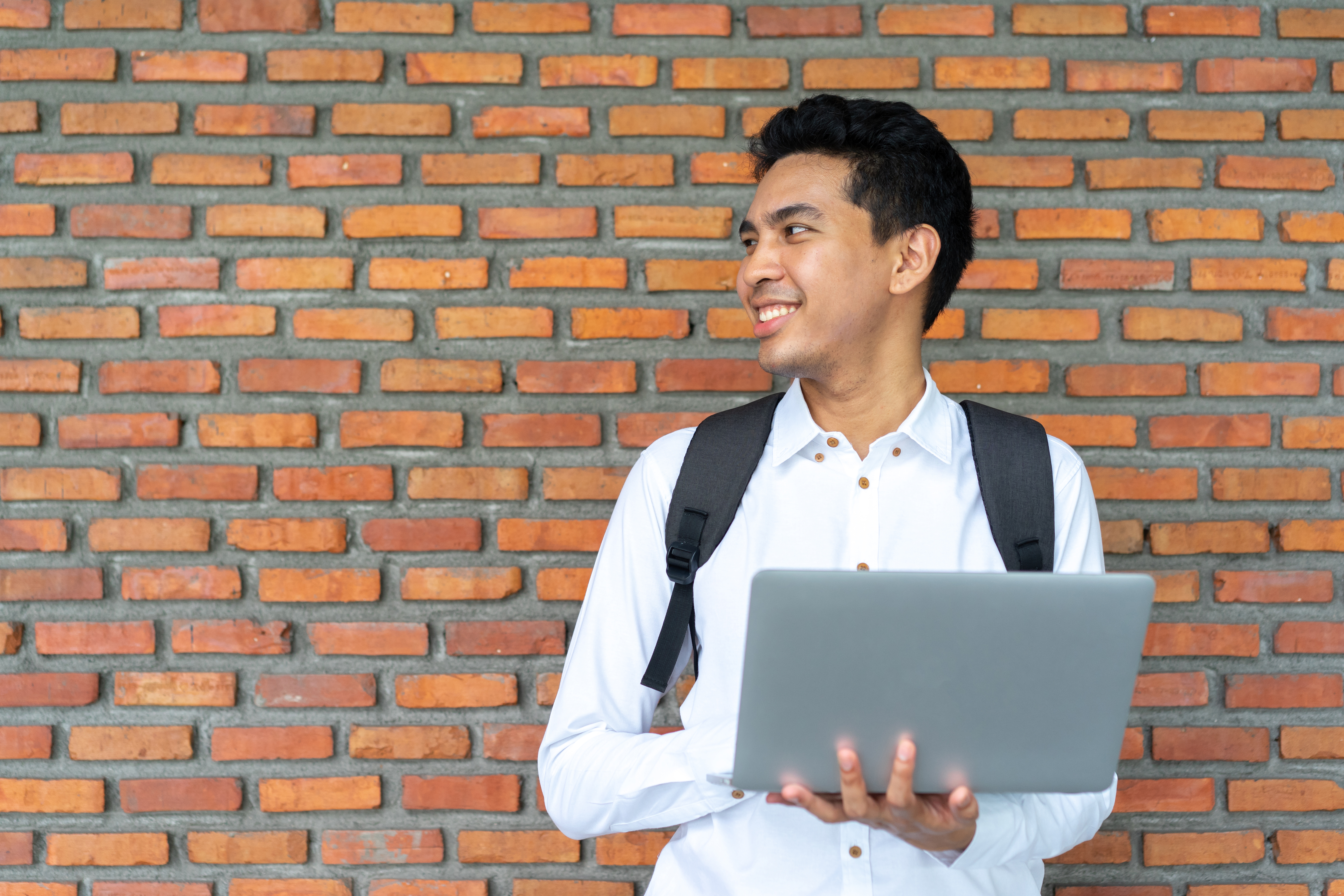 Tuition-Free Accredited Online Bible Colleges | The Classroom