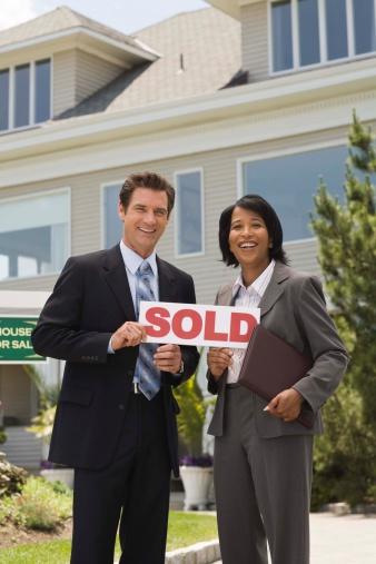 Definition of a Real Estate Attorney | Bizfluent