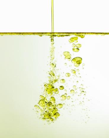 Molecular Activity of Water Vs  Oil