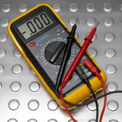 How to Diagnose Amperage Draw With a Multimeter