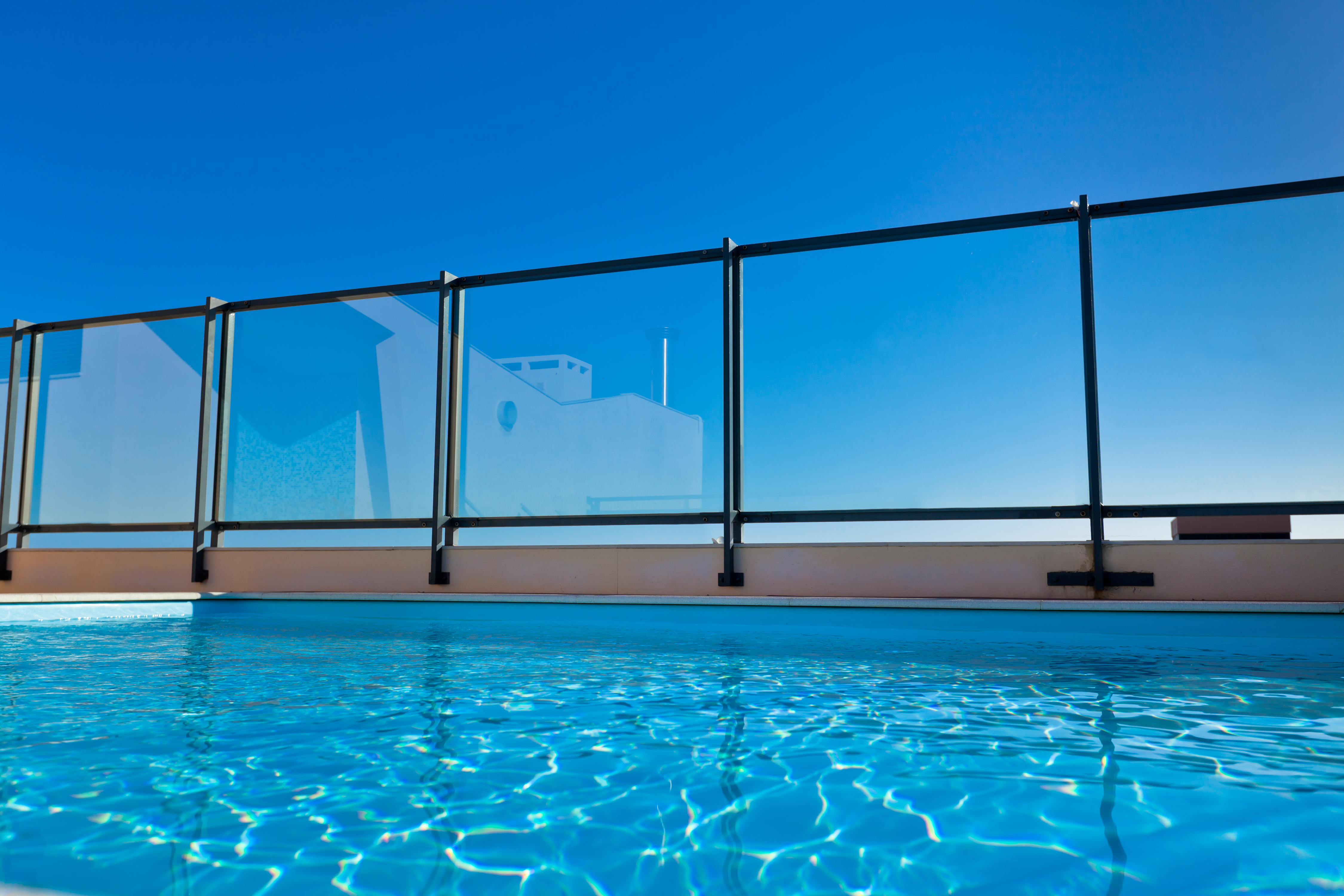 Swimming pool fence laws in georgia - Swimming pool fence regulations qld ...