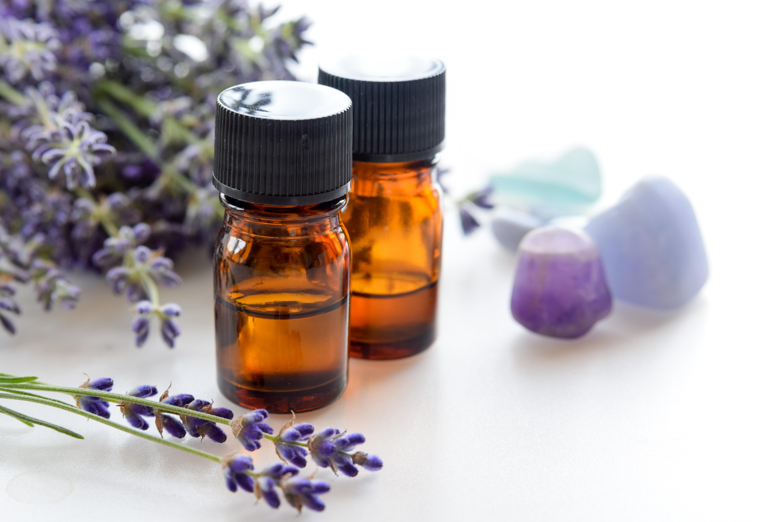 Lavender and Tea Tree Oil Uses | LEAFtv
