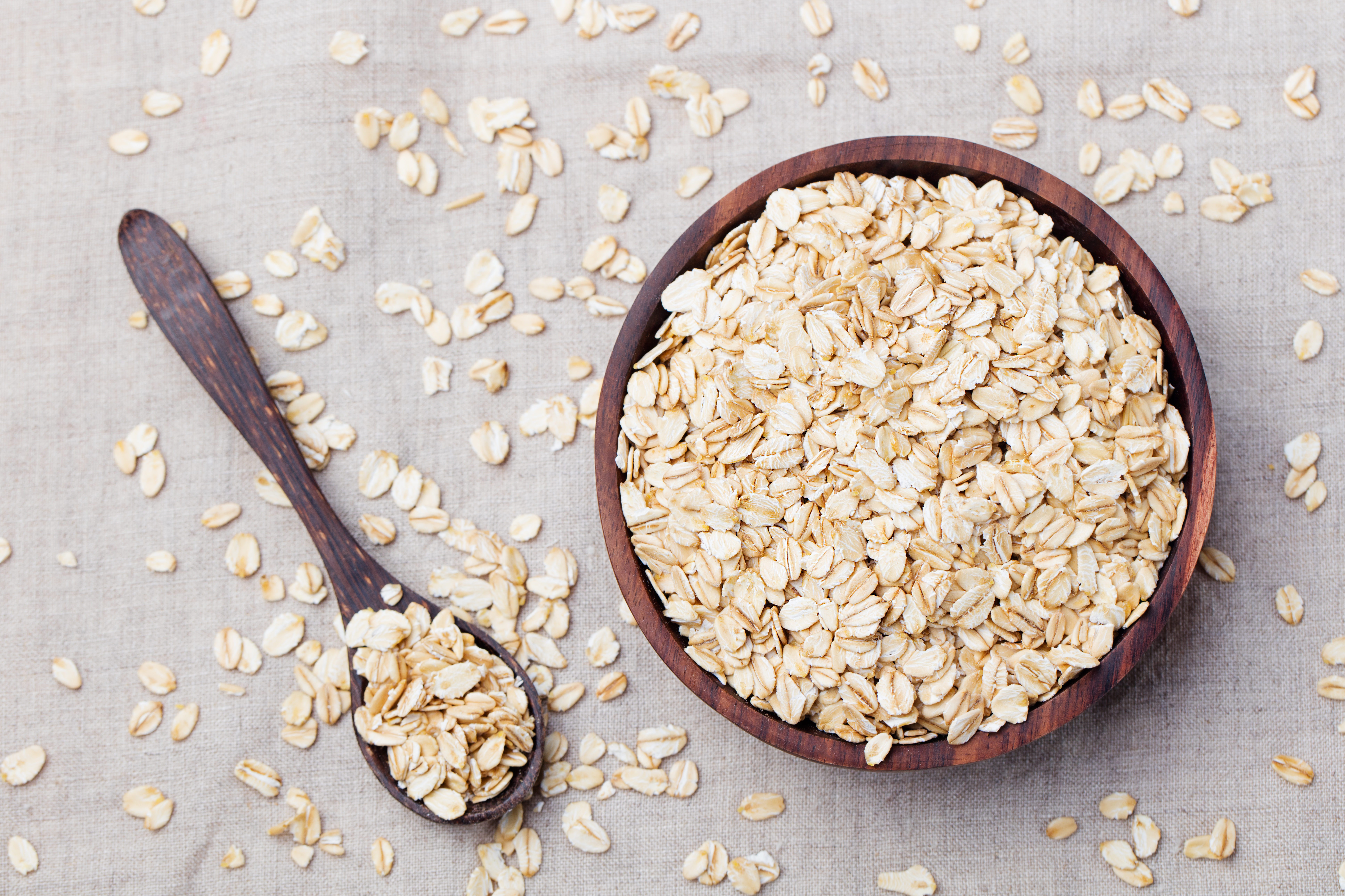 How to Substitute Oatmeal for Breadcrumbs | LEAFtv