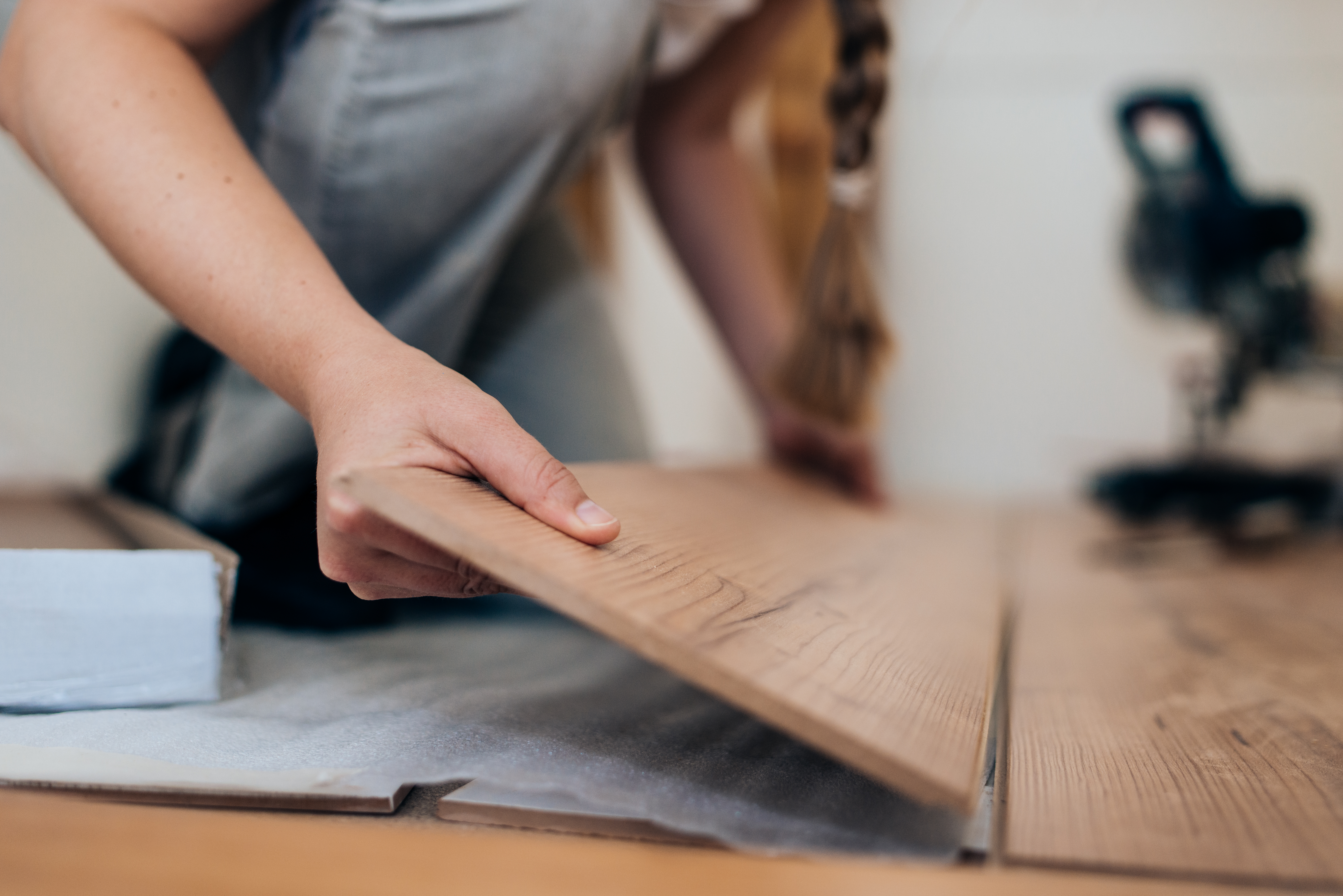 How Much Time Does It Take to Install Laminate Wood Flooring?