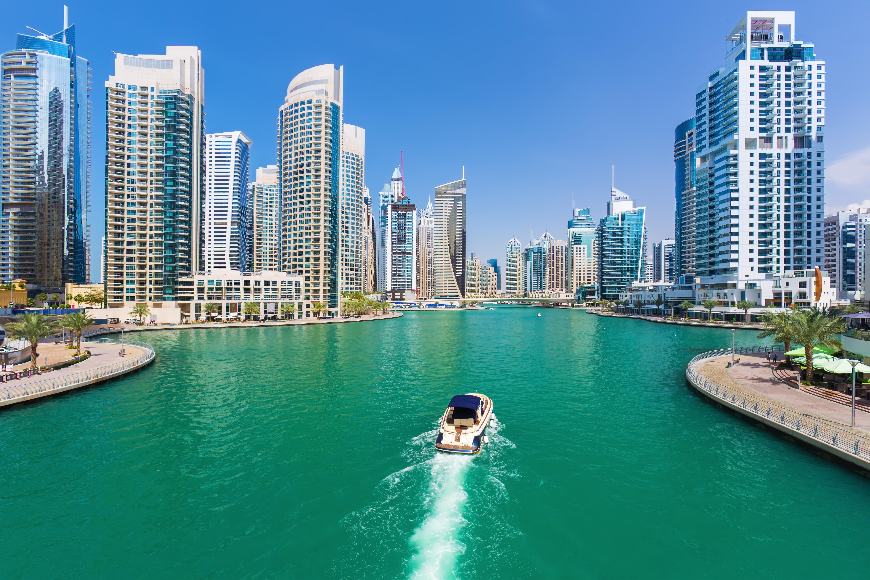 How to Get a Visa to Dubai for a Green Card Holder