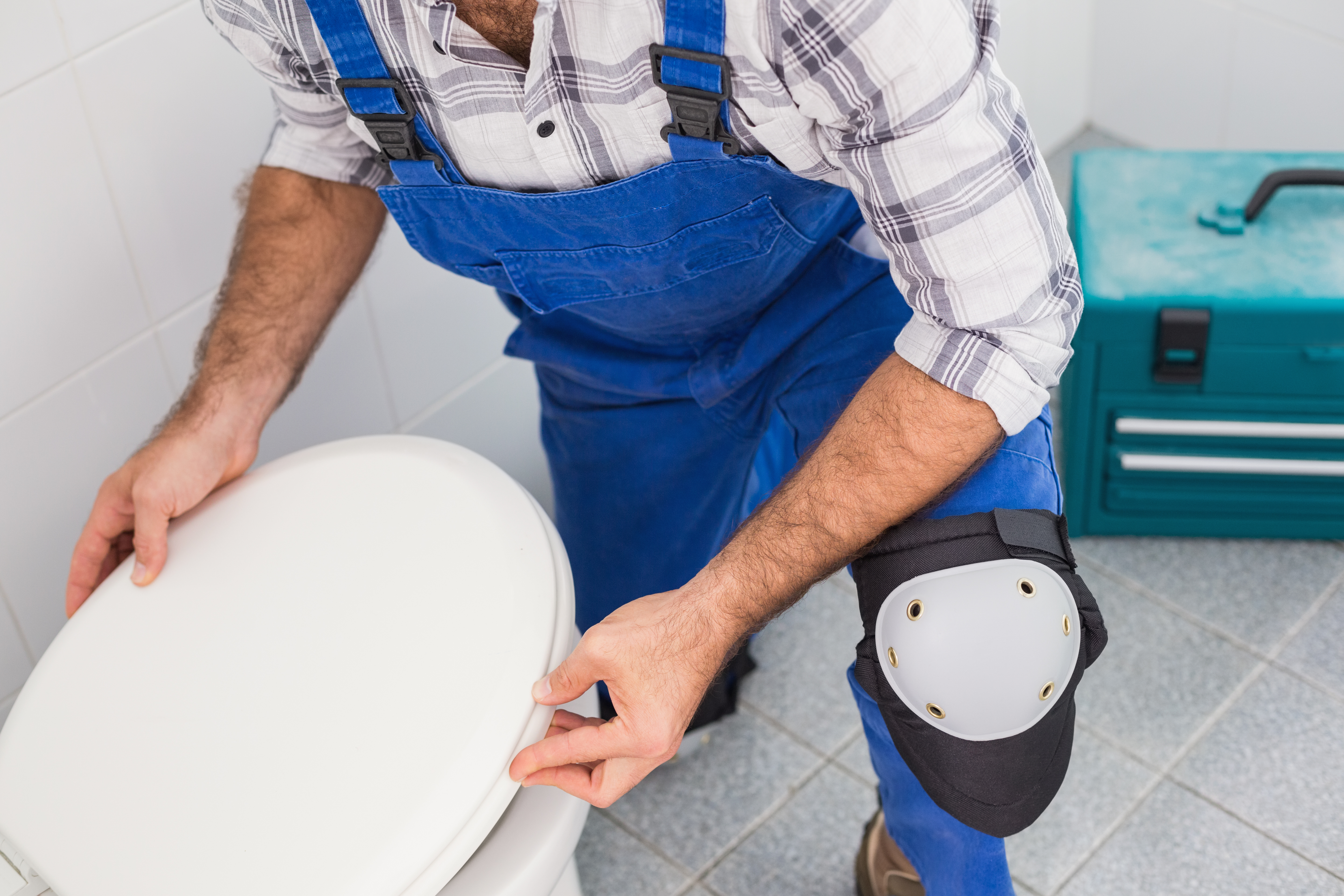 How to Raise a Toilet for Tile Installation | Home Guides