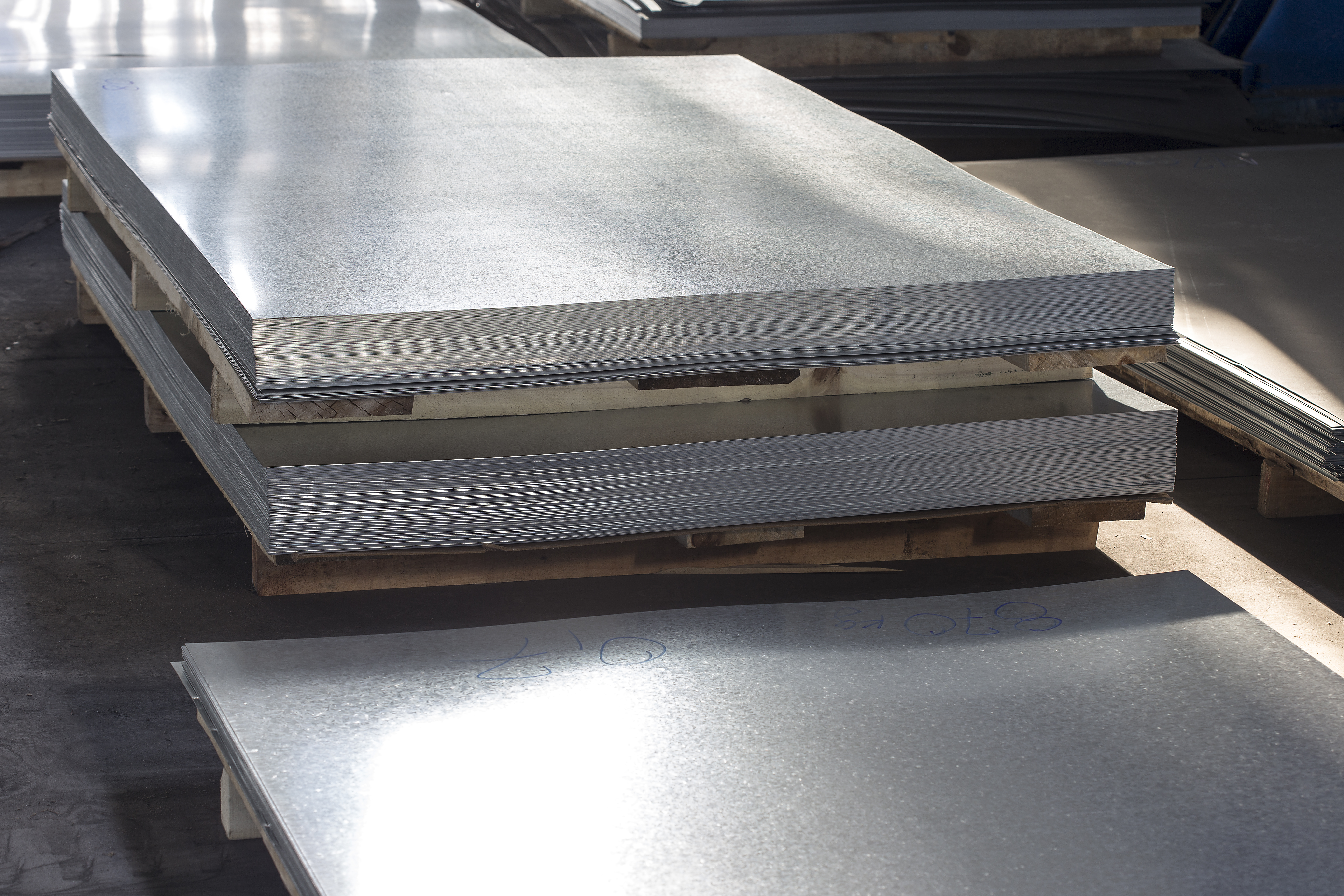 How to Calculate the Thickness of a Rectangular Plate