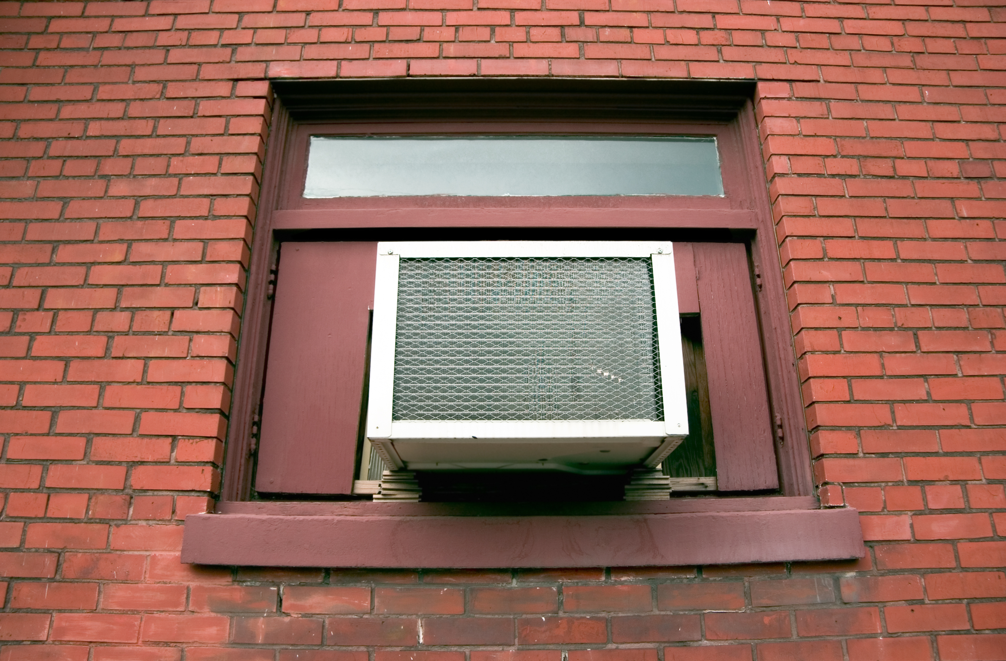 How to Stop Leaking From the Front of a Sears Window Air