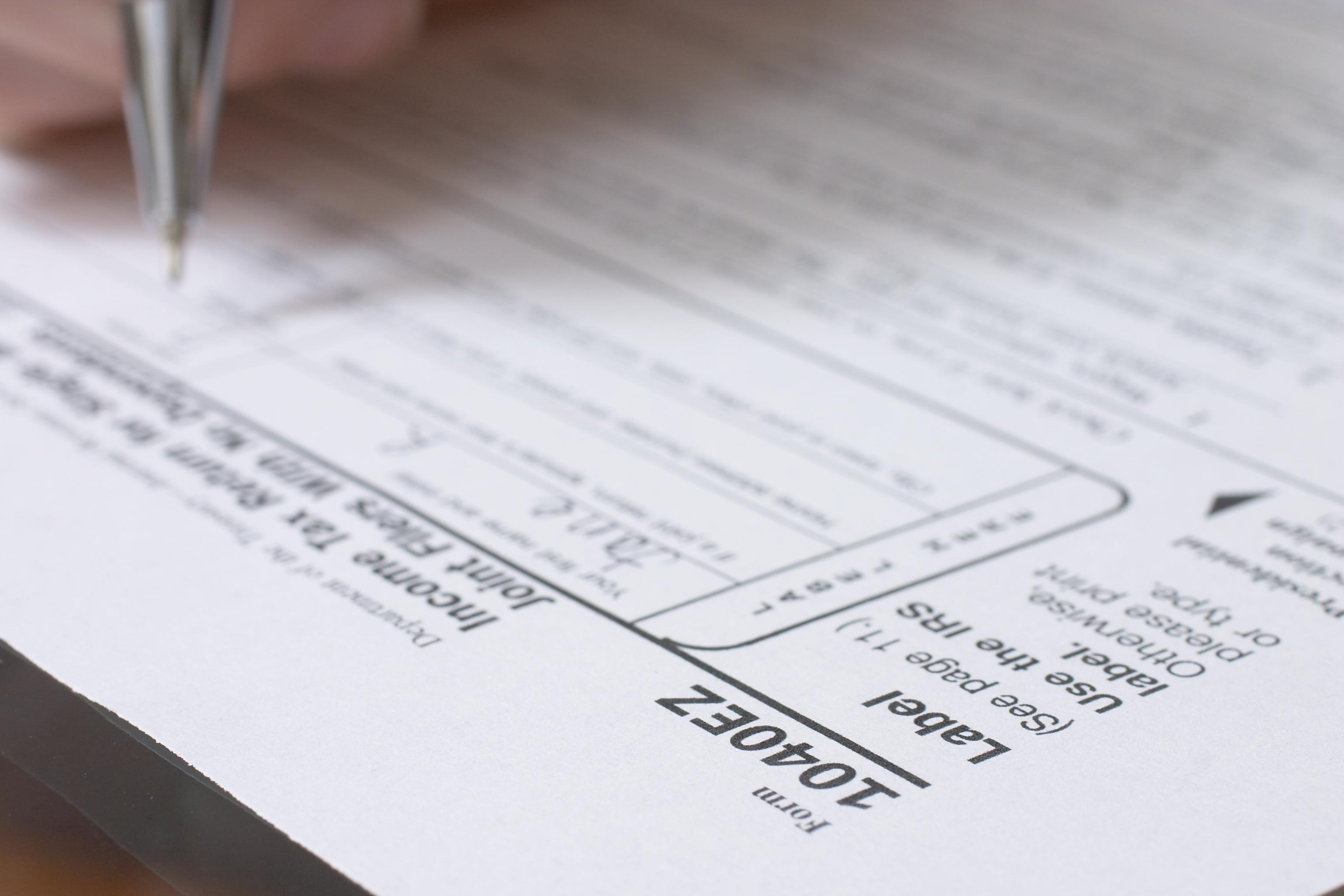 Who Can File a 1040EZ? | Pocket Sense