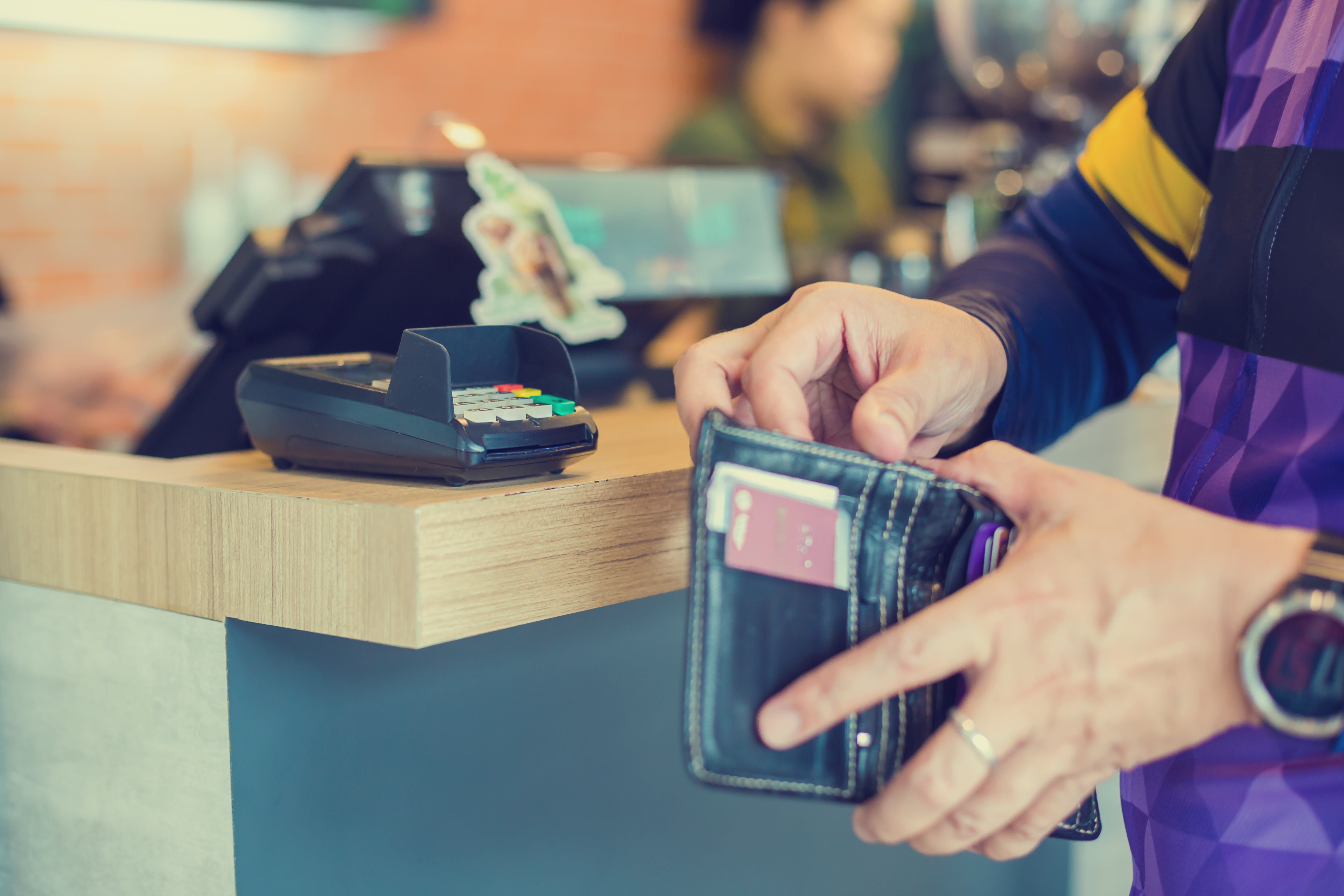 Do Unemployment Checks Affect Food Stamp Amounts? | Career Trend