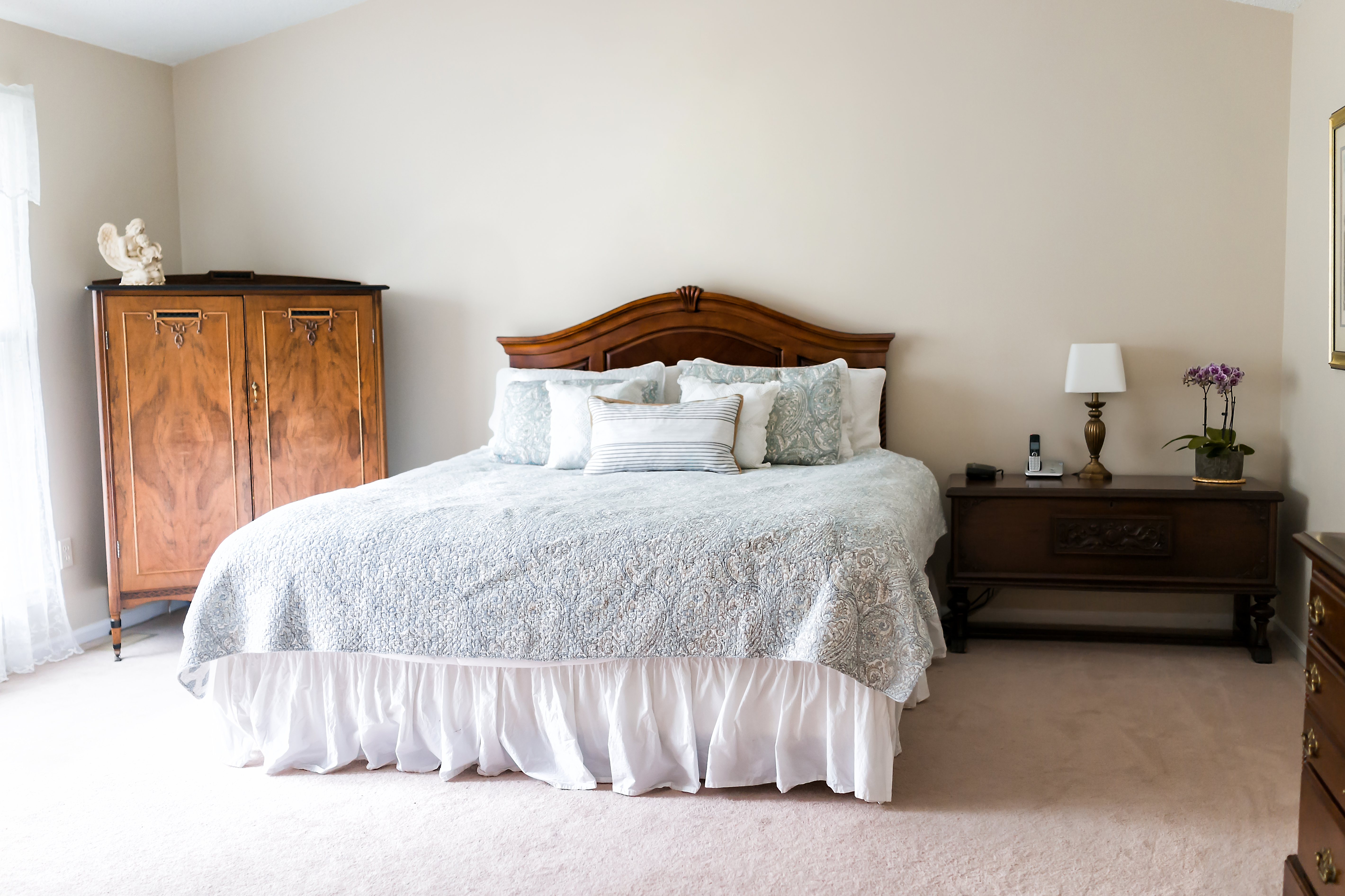 How To Clean And Sanitize A King Comforter At Home Home Guides
