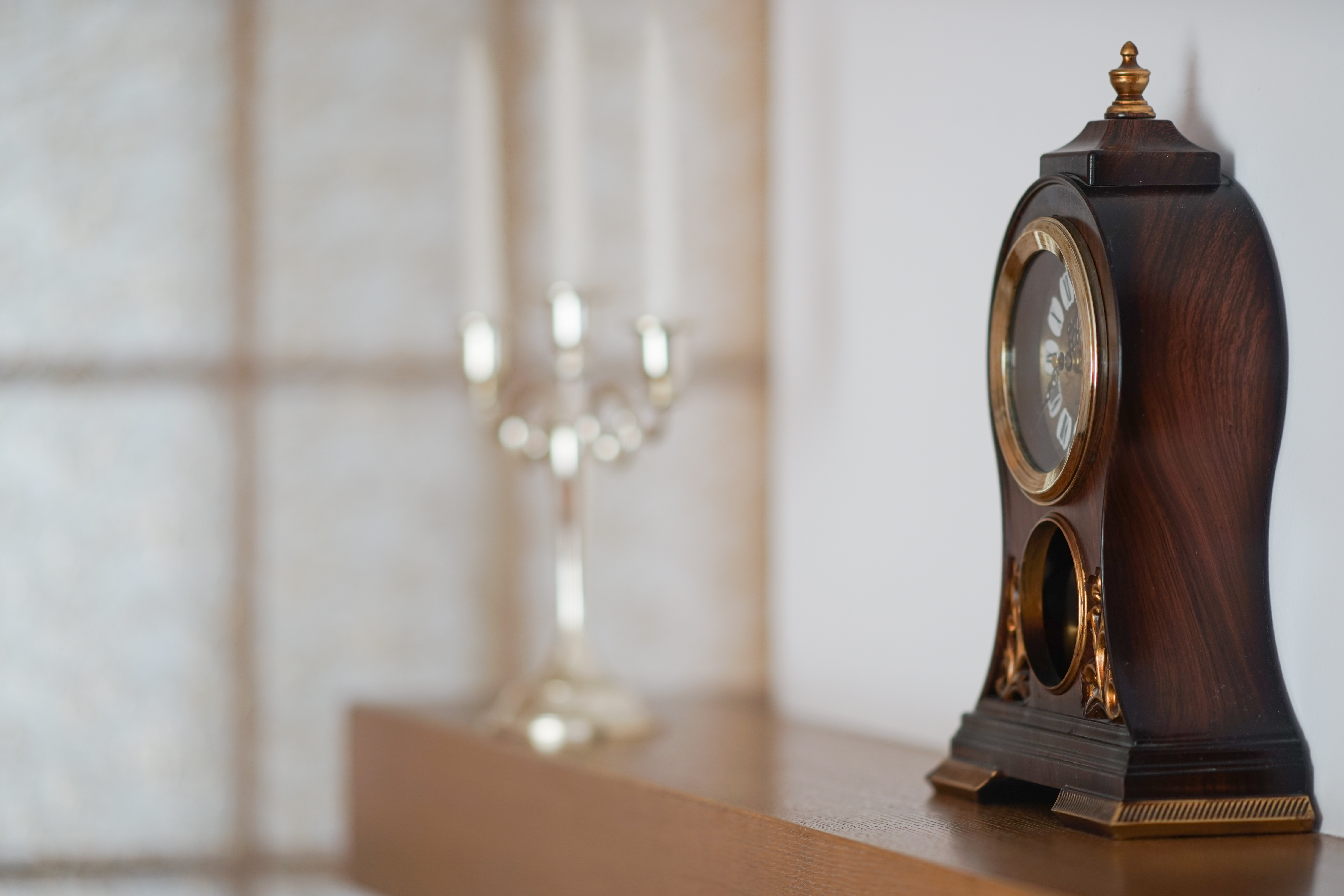 Old american mantel clocks