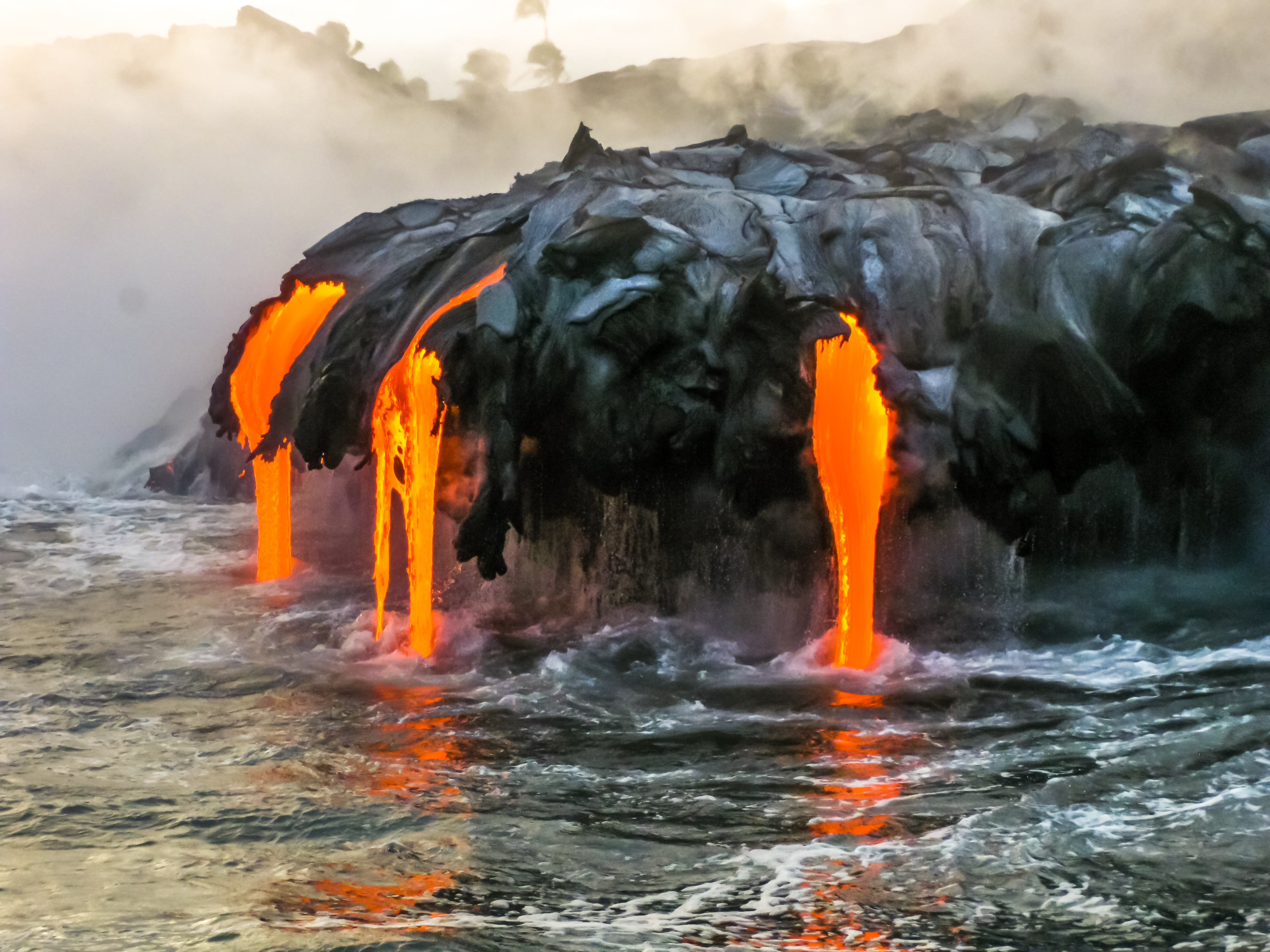 What Kind of Damage Has Mauna Loa Caused? | USA Today
