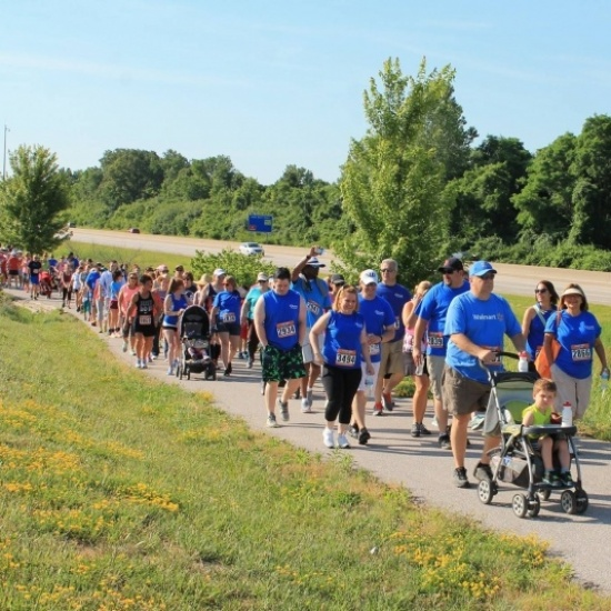 The Power Walk for Dress for Success Midwest Photo