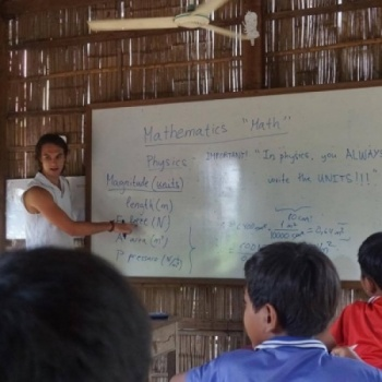 School trip to Angkor for kids in rural Cambodia
