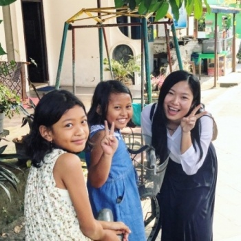 Let Kailin runs for you, for Lao children