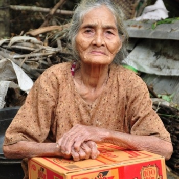 The foundation supports disaster victims in central of Vietnam