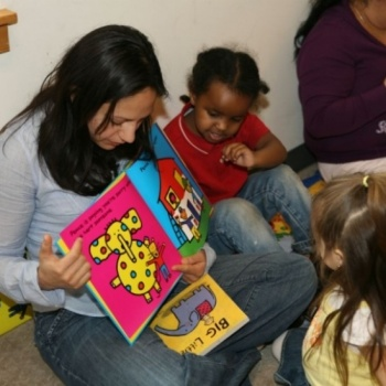 LITERACY COMBATS HOMELESSNESS