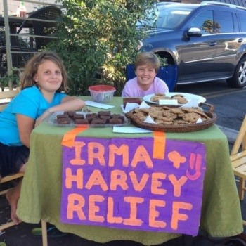 Roman & Gianna's Bakesale to Help Hurricane Victims Image