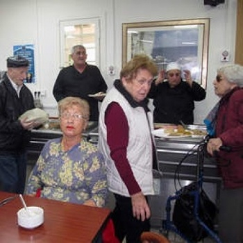Feeding the hungry Holocaust survivors in Israel