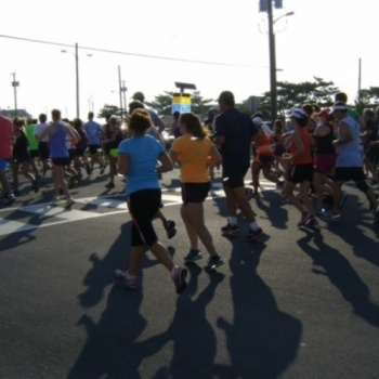37th Annual Avalon 5 Miler