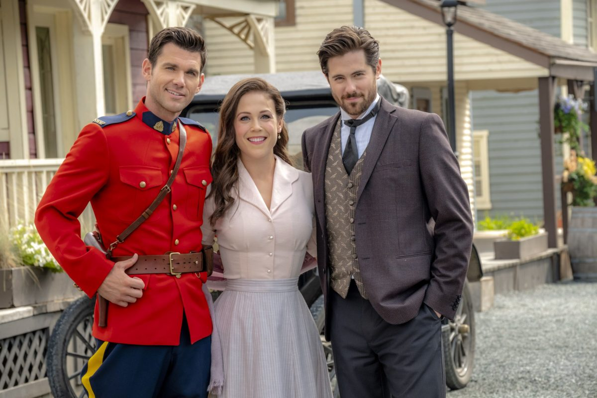 When Calls The Heart Christmas Special 2019.When Calls The Heart Season 7 Spoilers Hallmark Channel