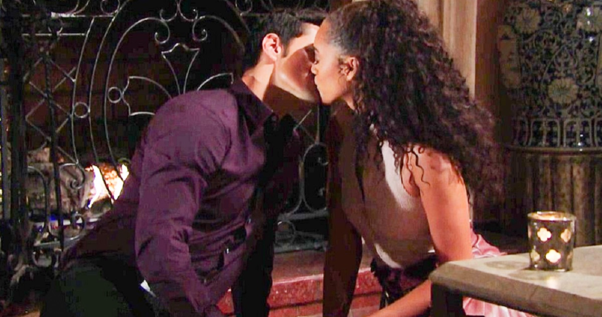 The Bold and the Beautiful Spoilers Monday, December 30: Thomas Makes Love to Zoe, Eliminates Her Doubts – Liam Fears Zoe Manipulation