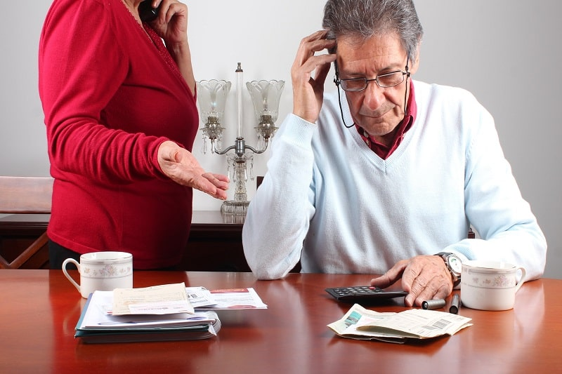 Tips for Retirees to Pay off Credit Card Debt