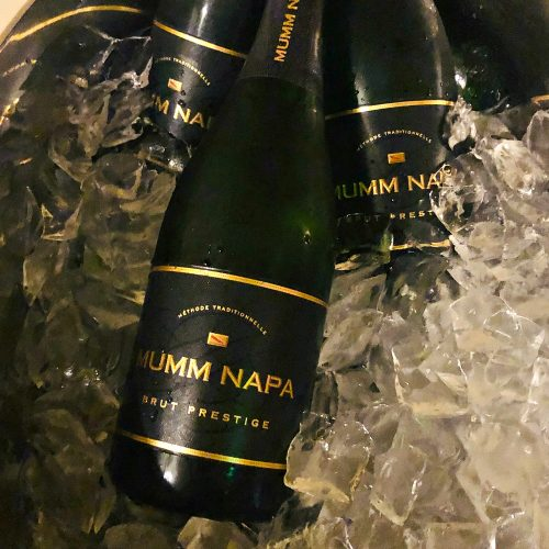 """<span class='ftg-meta ftg-meta-wine_name_1'>MUMM NAPA Sparkling Wine</span><span class='ftg-meta ftg-meta-wine_name_2'>""""Brut Prestige""""</span><span class='ftg-meta ftg-meta-wine_name_3'></span><span class='ftg-meta ftg-meta-retail_price'>$ 18</span><span class='ftg-meta ftg-meta-ddwa_score'>DDWA Score: 88.5</span><span class='ftg-meta ftg-meta-value_rating'>Value Rating: 4.9</span><span class='ftg-meta ftg-meta-value_category'>Awesome Value</span>"""