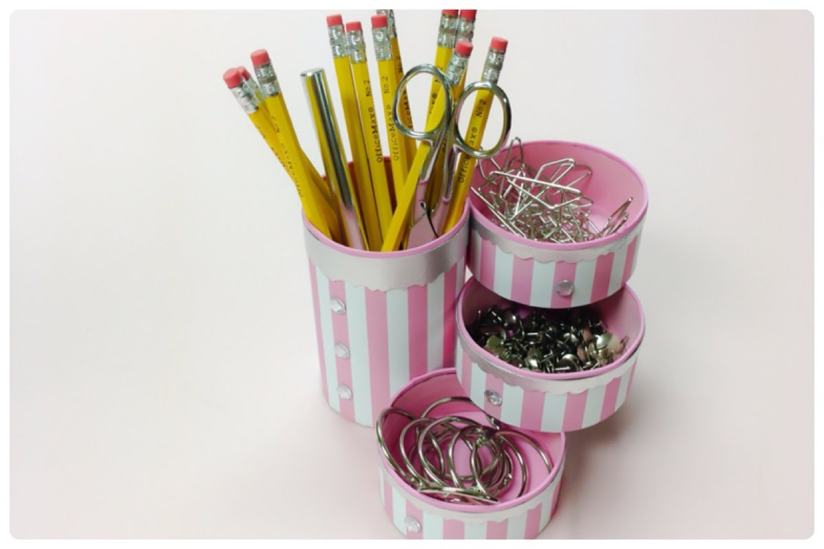 Do-it-yourself crafts:How to recycle tin cans to make a pencil holder or desk organizer